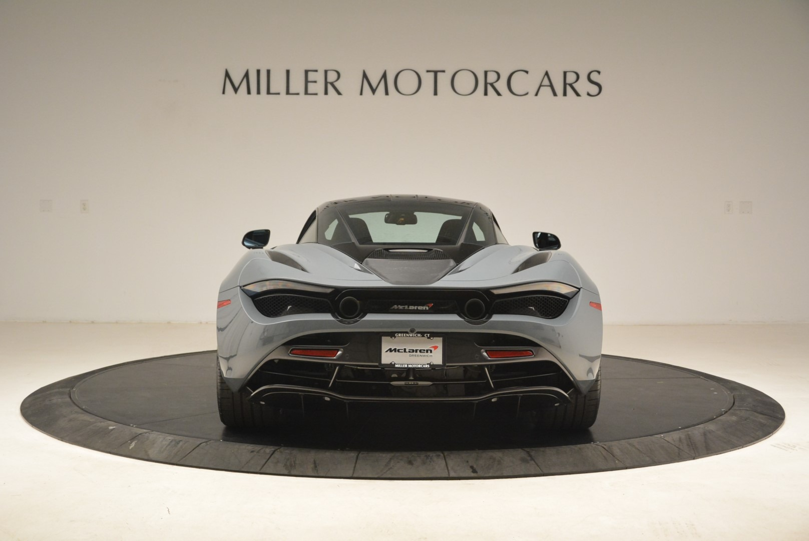 Used 2018 McLaren 720S Coupe For Sale In Greenwich, CT 3205_p6