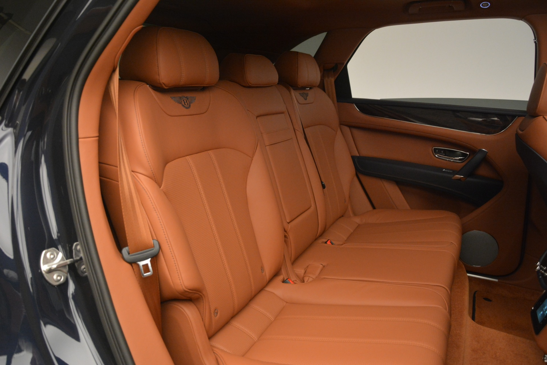 New 2019 Bentley Bentayga V8 For Sale In Greenwich, CT 3207_p26