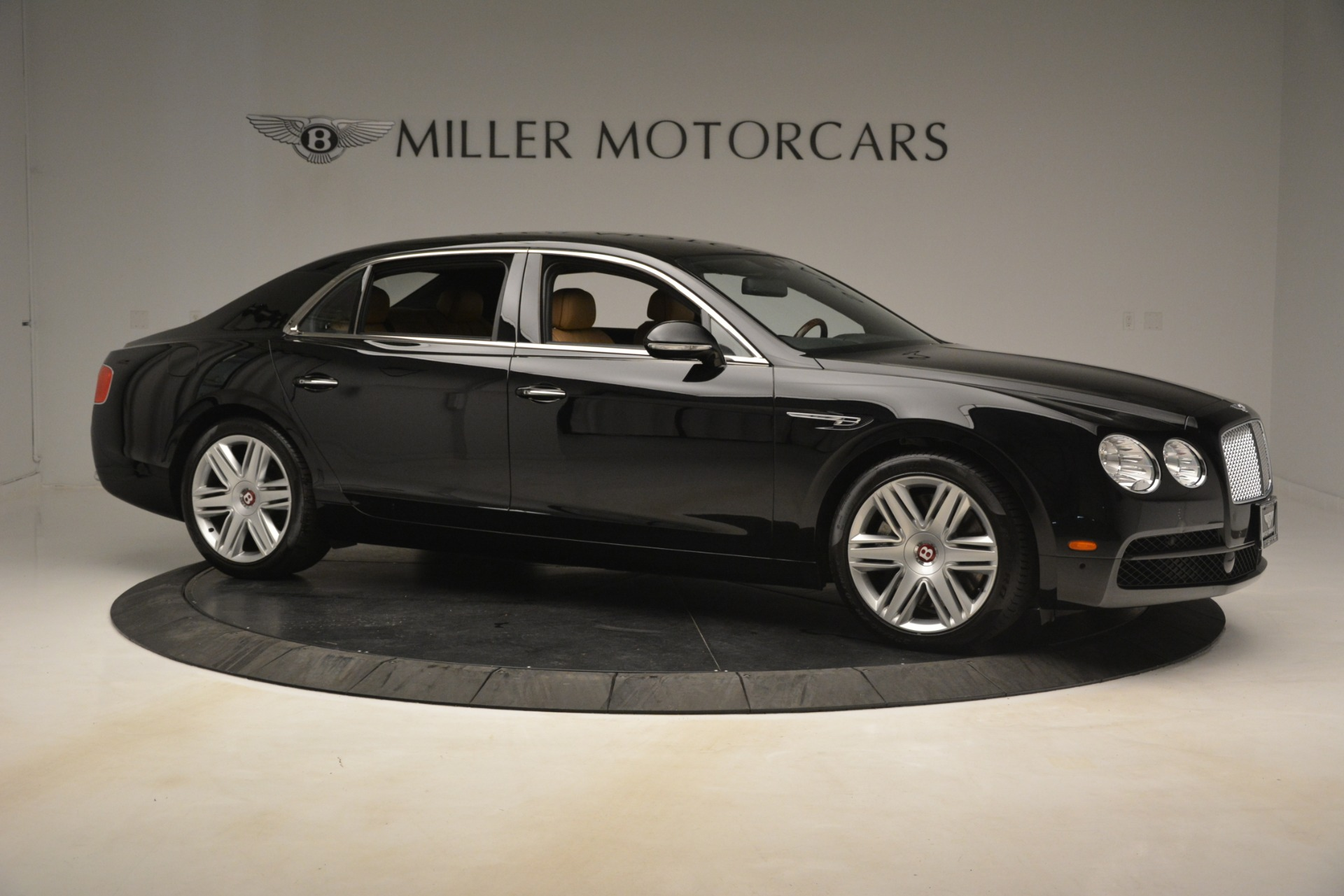 Used 2016 Bentley Flying Spur V8 For Sale In Greenwich, CT 3210_p11