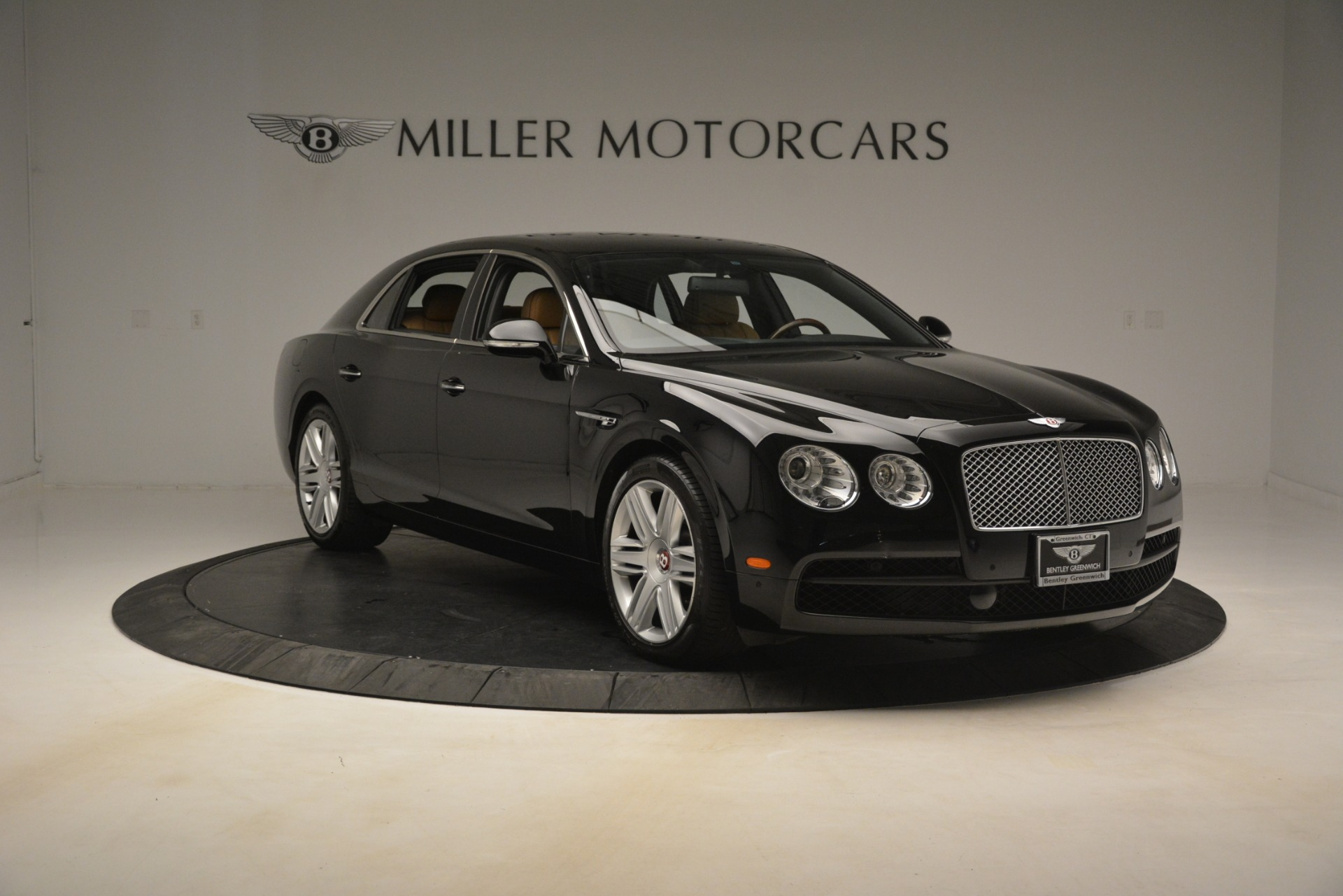 Used 2016 Bentley Flying Spur V8 For Sale In Greenwich, CT 3210_p12