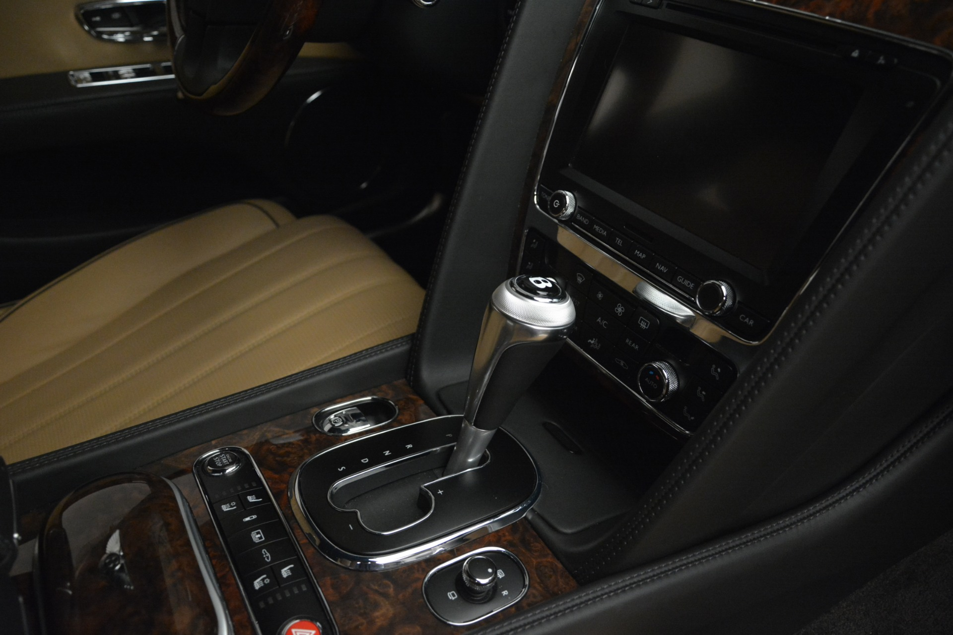 Used 2016 Bentley Flying Spur V8 For Sale In Greenwich, CT 3210_p25