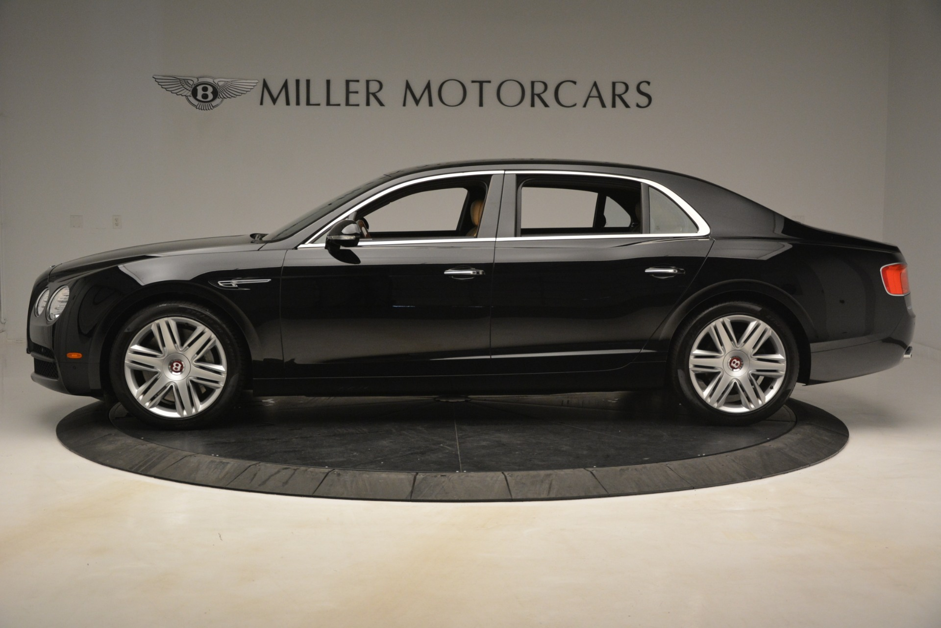 Used 2016 Bentley Flying Spur V8 For Sale In Greenwich, CT 3210_p3