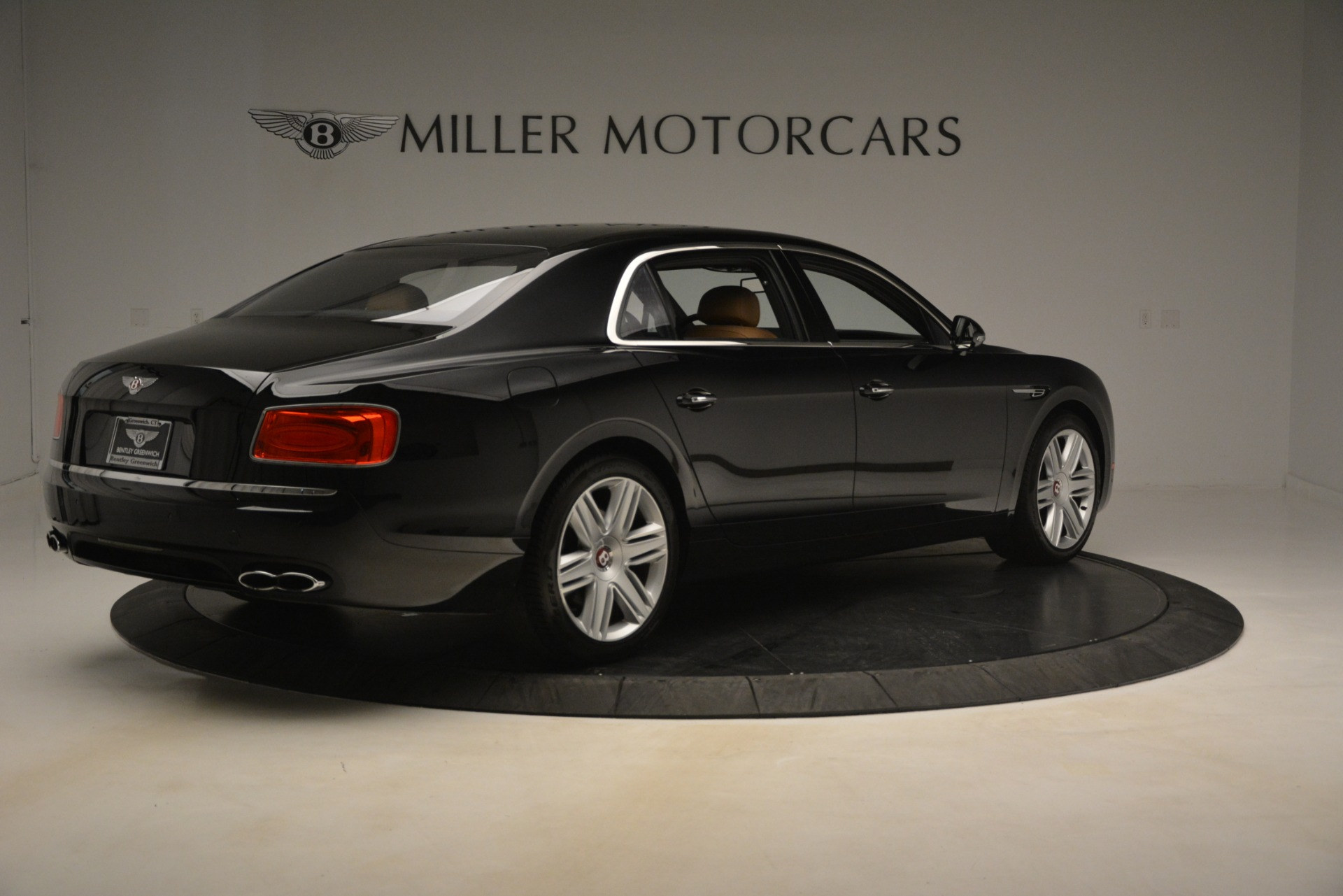 Used 2016 Bentley Flying Spur V8 For Sale In Greenwich, CT 3210_p7