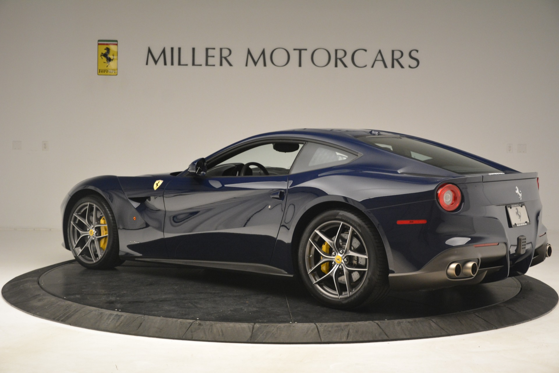 Used 2016 Ferrari F12 Berlinetta  For Sale In Greenwich, CT 3212_p4