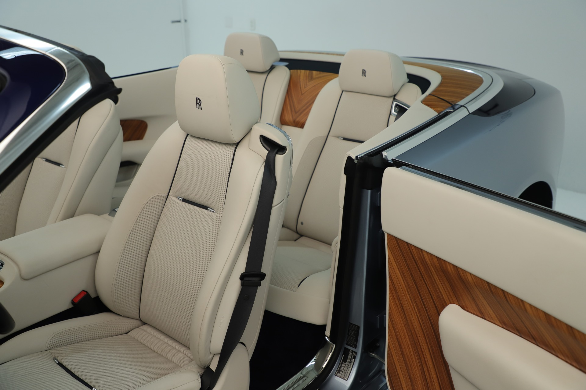 Used 2016 Rolls-Royce Dawn  For Sale In Greenwich, CT 3217_p33