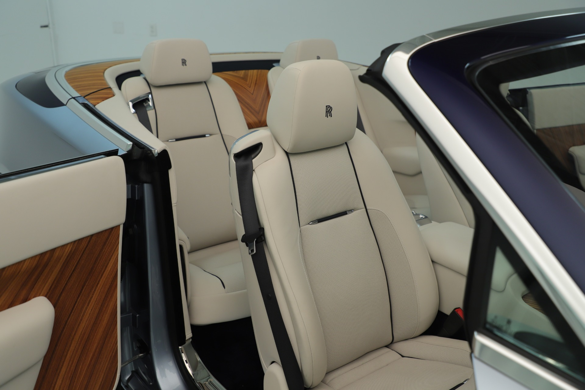 Used 2016 Rolls-Royce Dawn  For Sale In Greenwich, CT 3217_p34