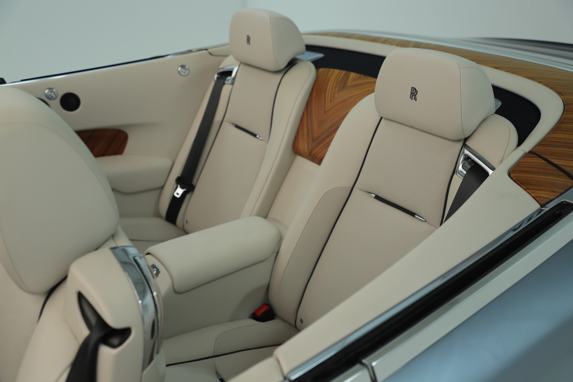 Used 2016 Rolls-Royce Dawn  For Sale In Greenwich, CT 3217_p37