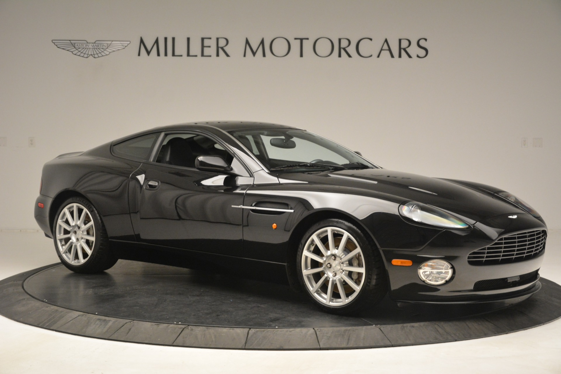 Used 2005 Aston Martin V12 Vanquish S Coupe For Sale In Greenwich, CT 3218_p10