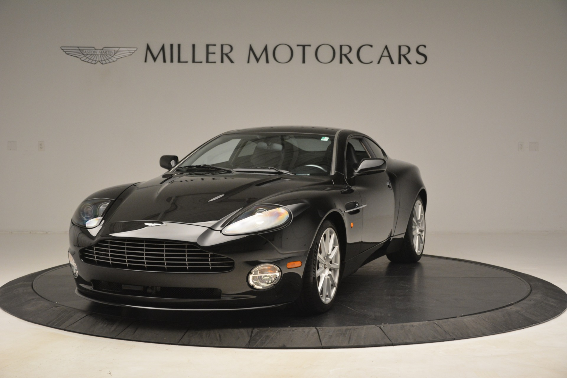 Used 2005 Aston Martin V12 Vanquish S Coupe For Sale In Greenwich, CT 3218_p2