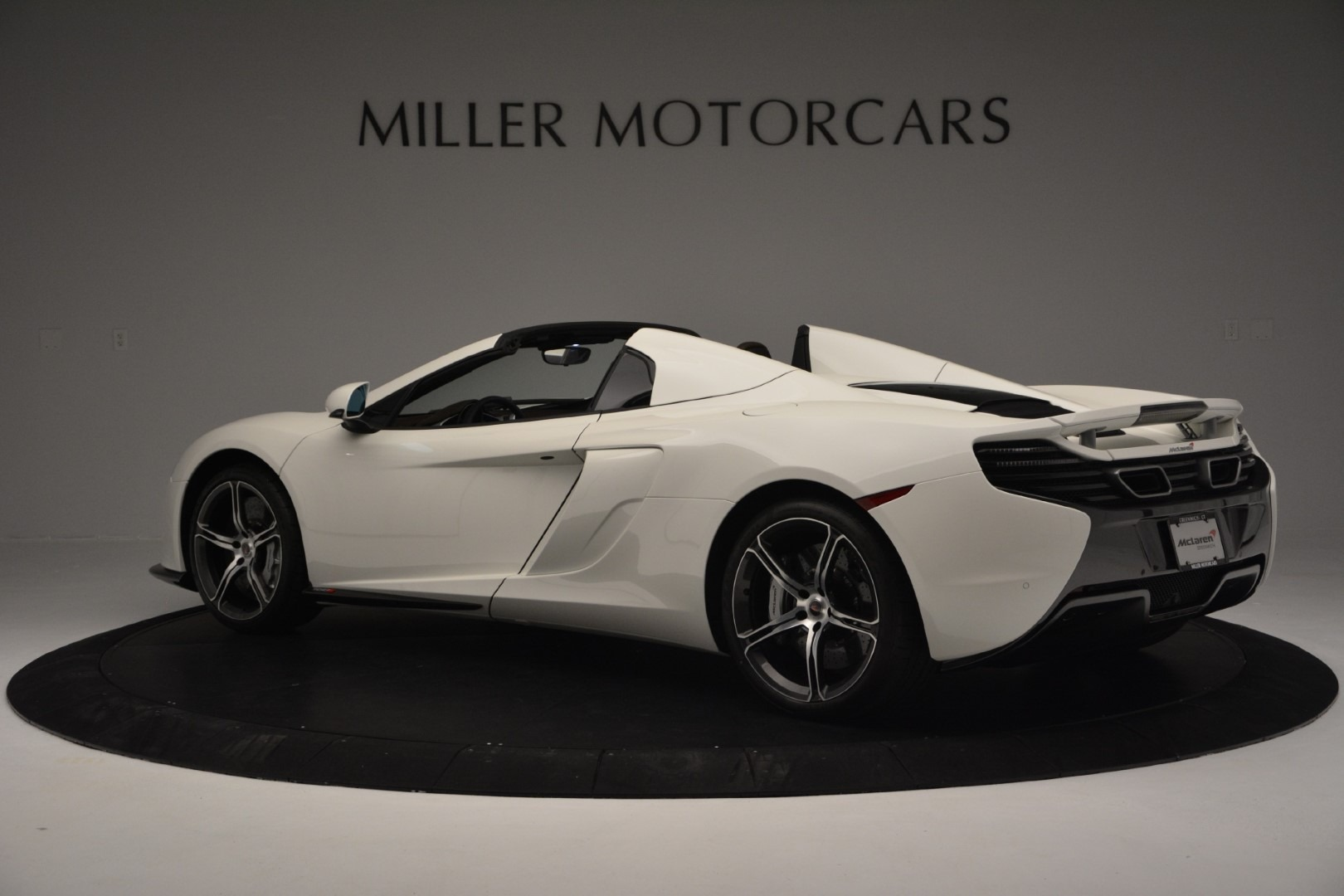 Used 2015 McLaren 650S Convertible For Sale In Greenwich, CT 3219_p3