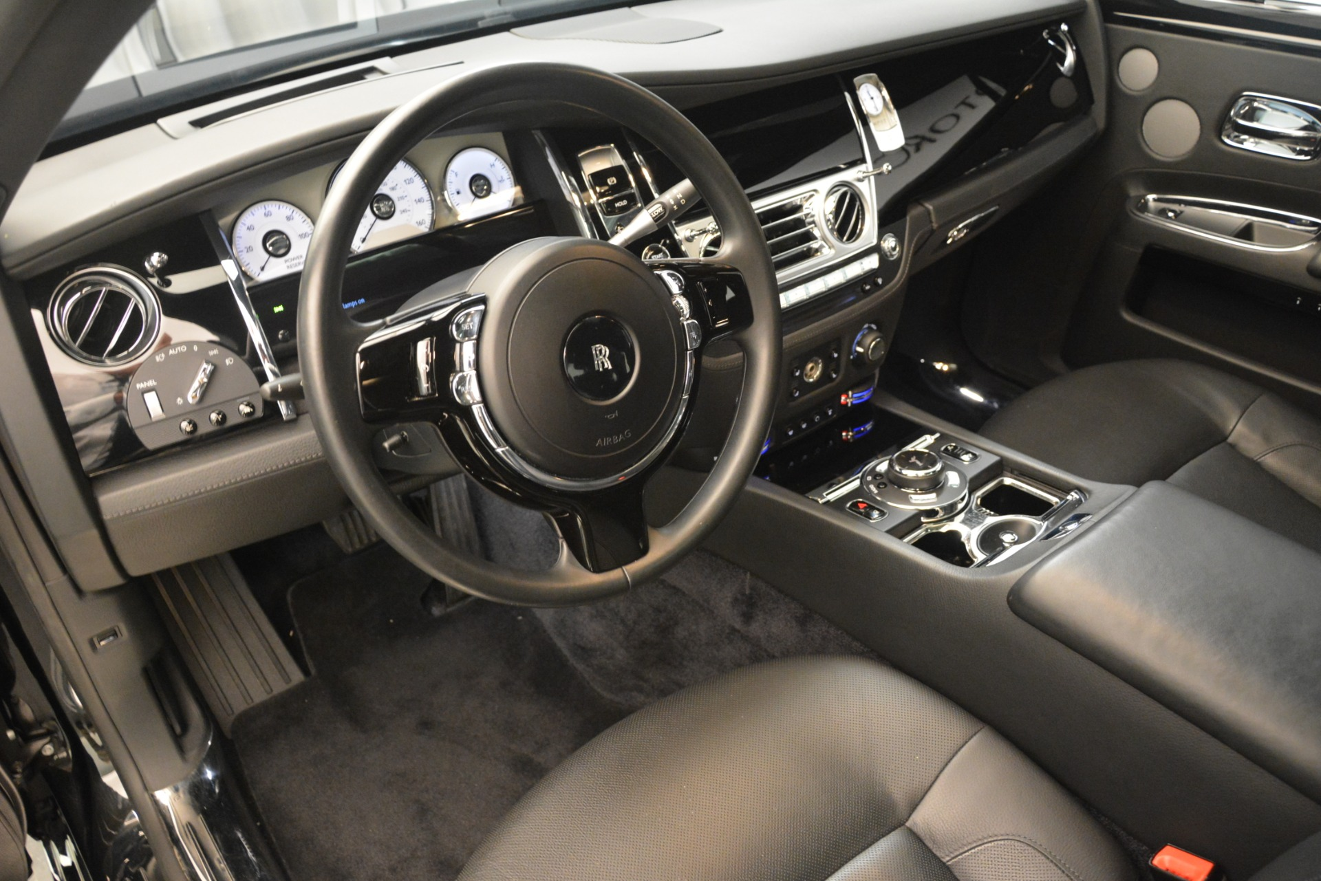Used 2014 Rolls-Royce Ghost  For Sale In Greenwich, CT 3220_p14