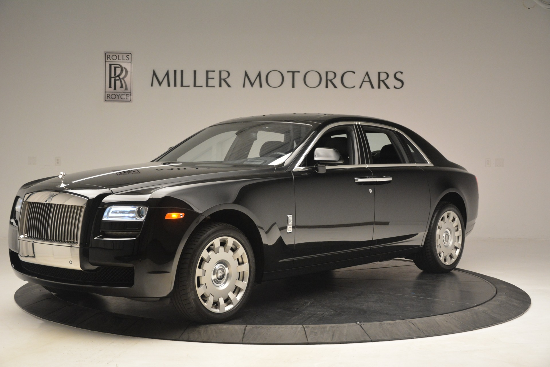 Used 2014 Rolls-Royce Ghost  For Sale In Greenwich, CT 3220_p3
