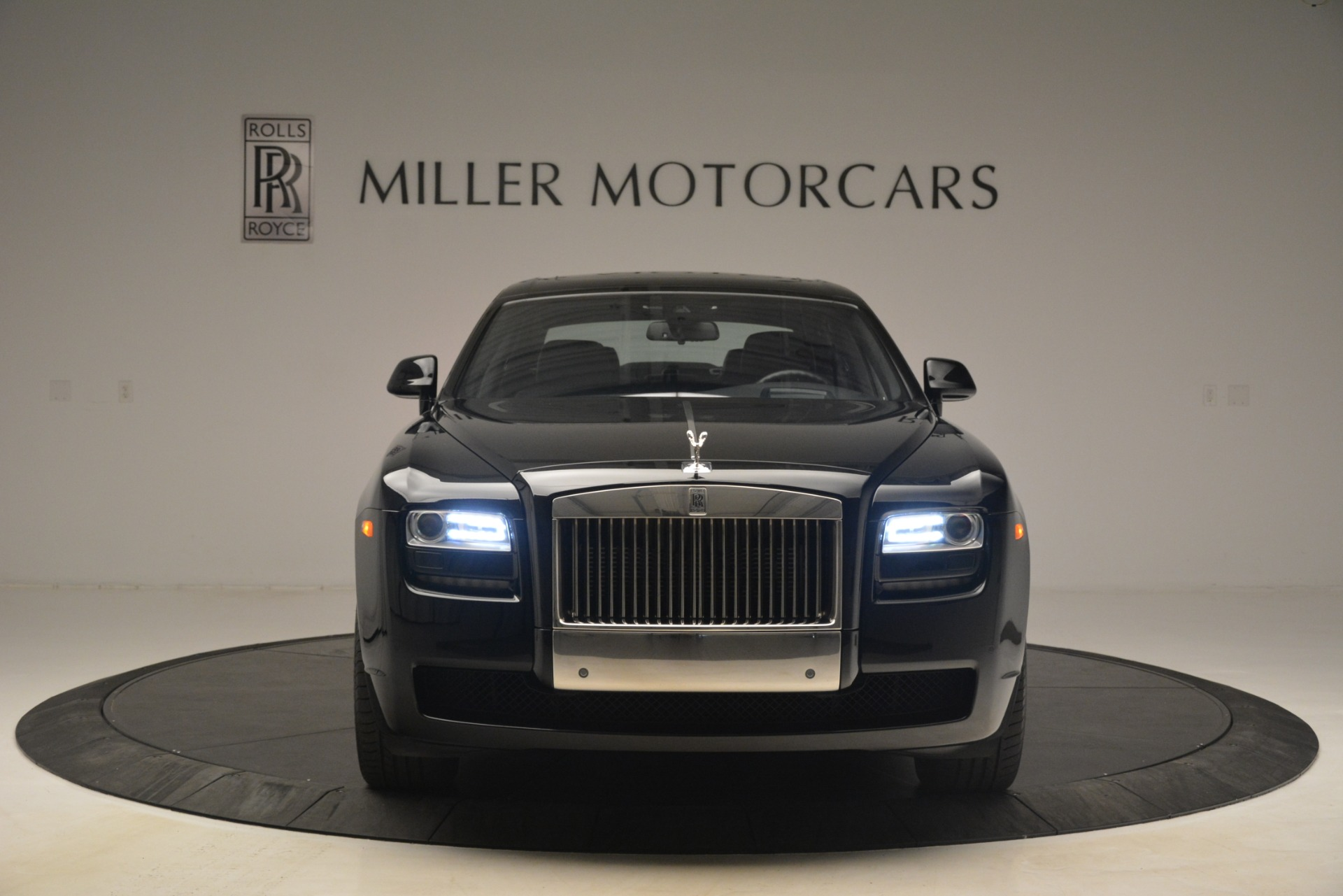 Used 2014 Rolls-Royce Ghost  For Sale In Greenwich, CT 3220_p9