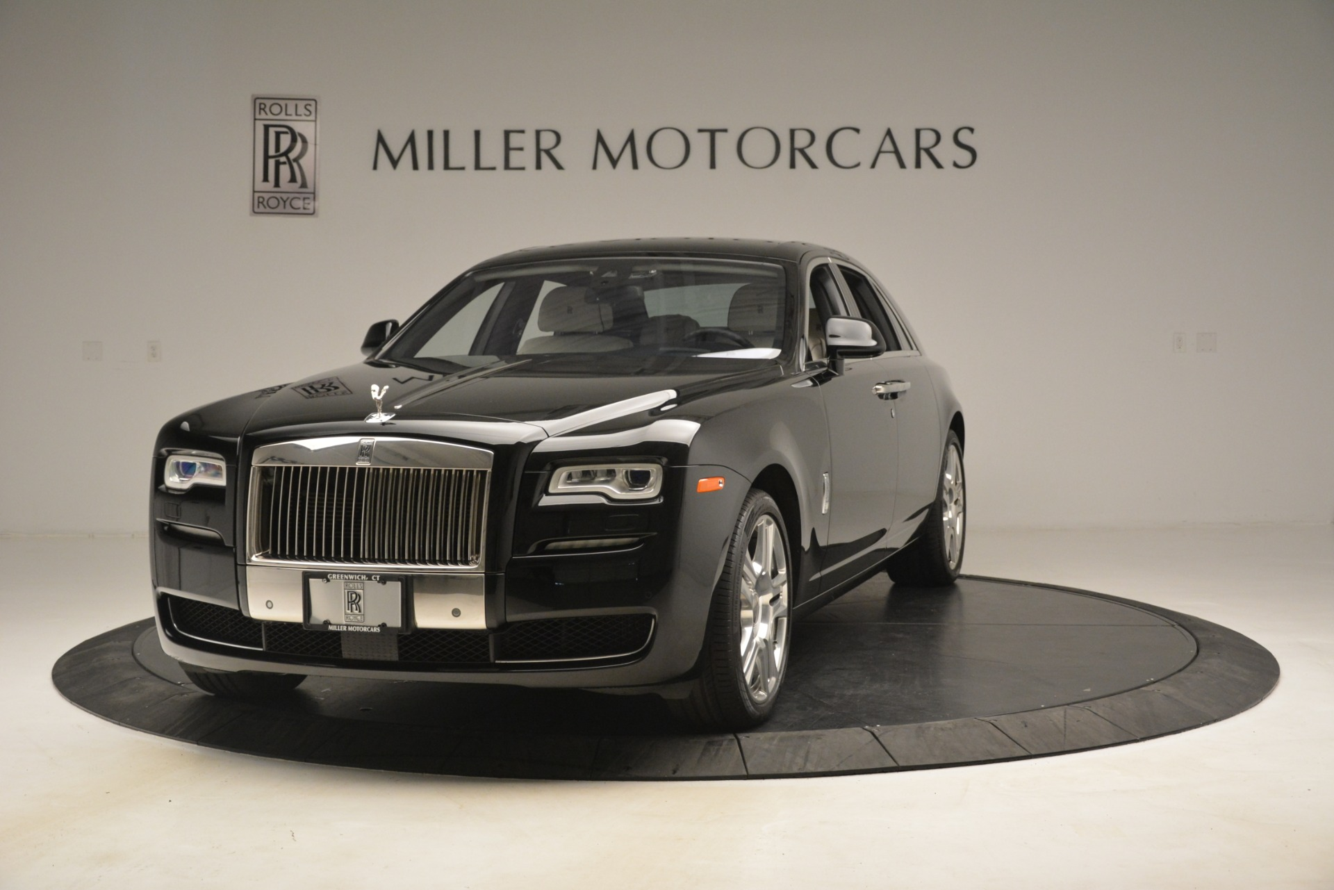 Used 2016 Rolls-Royce Ghost  For Sale In Greenwich, CT 3225_main
