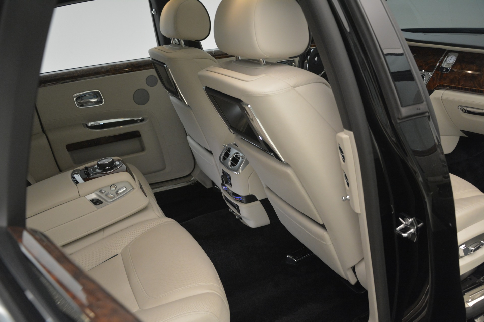 Used 2016 Rolls-Royce Ghost  For Sale In Greenwich, CT 3225_p19