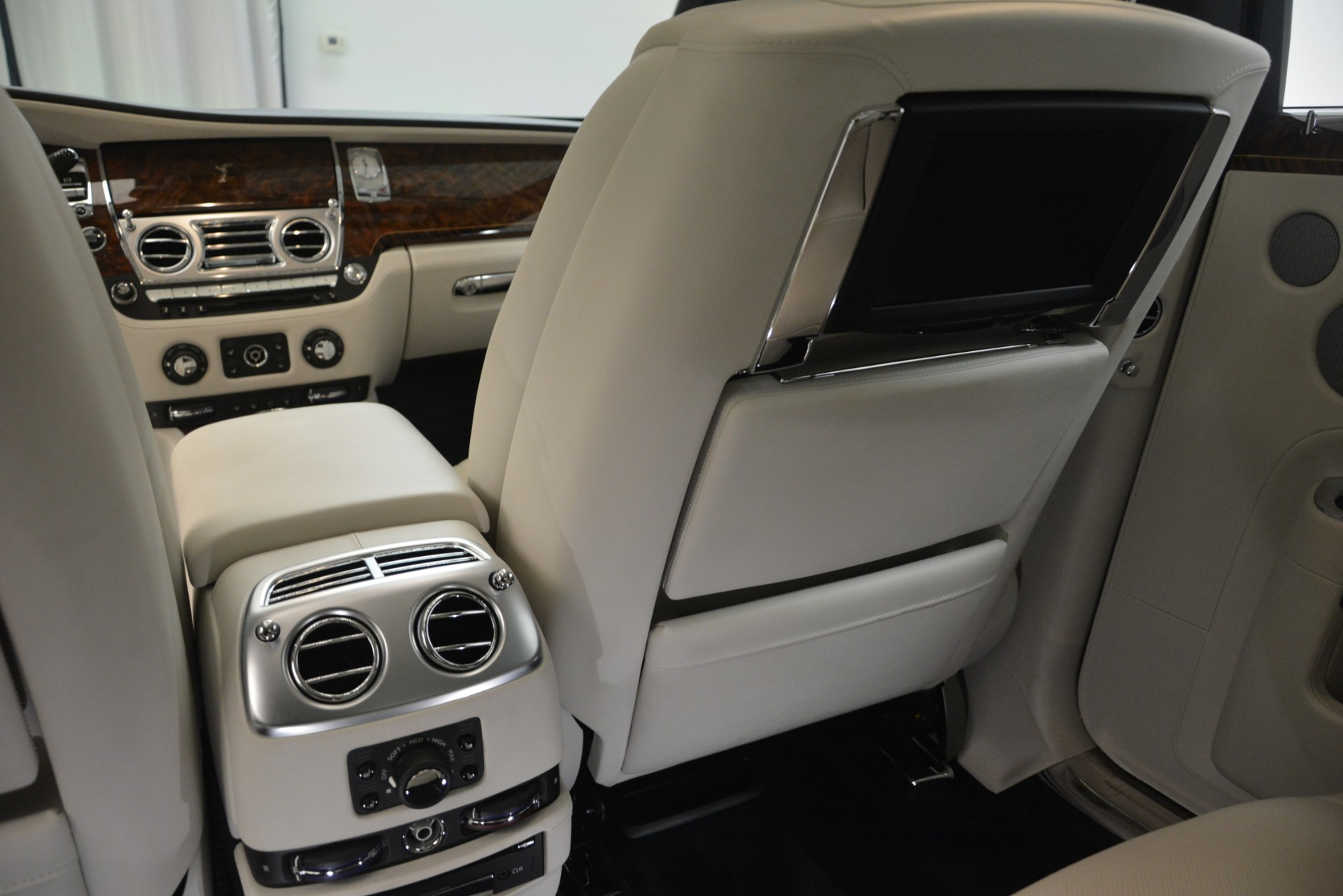 Used 2016 Rolls-Royce Ghost  For Sale In Greenwich, CT 3225_p26