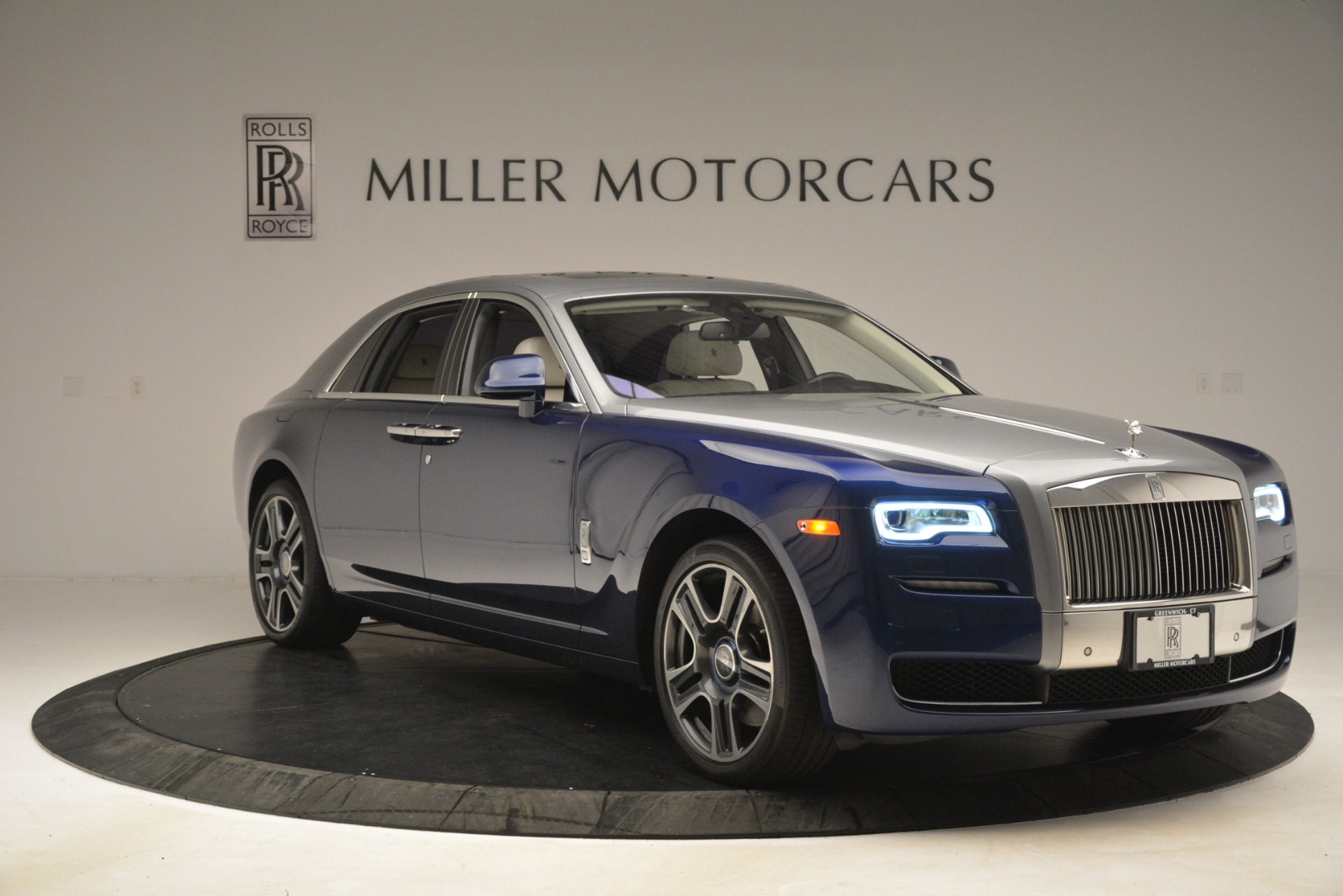 Used 2016 Rolls-Royce Ghost  For Sale In Greenwich, CT 3226_p11
