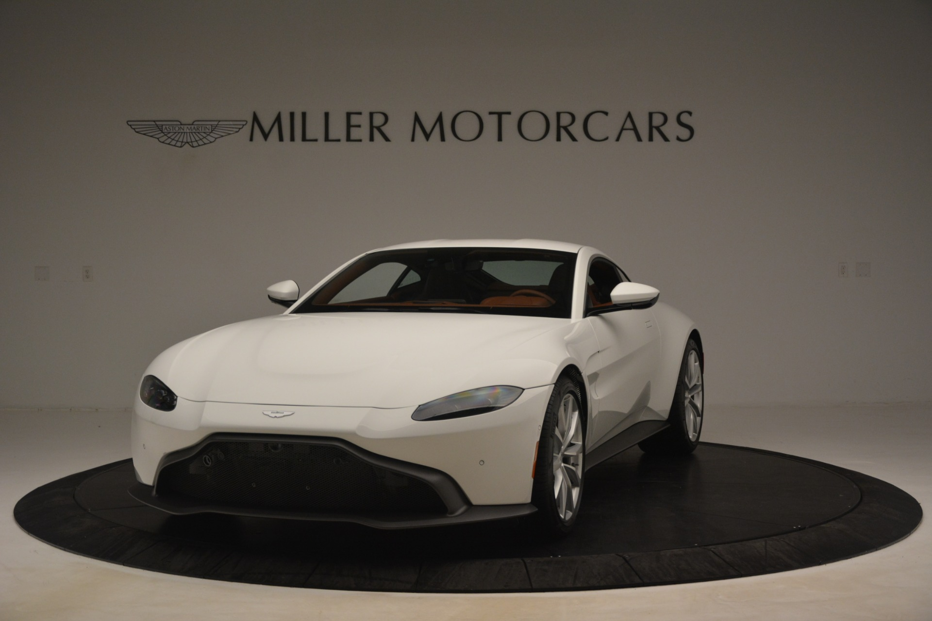 New 2019 Aston Martin Vantage Coupe For Sale In Greenwich, CT 3227_p12