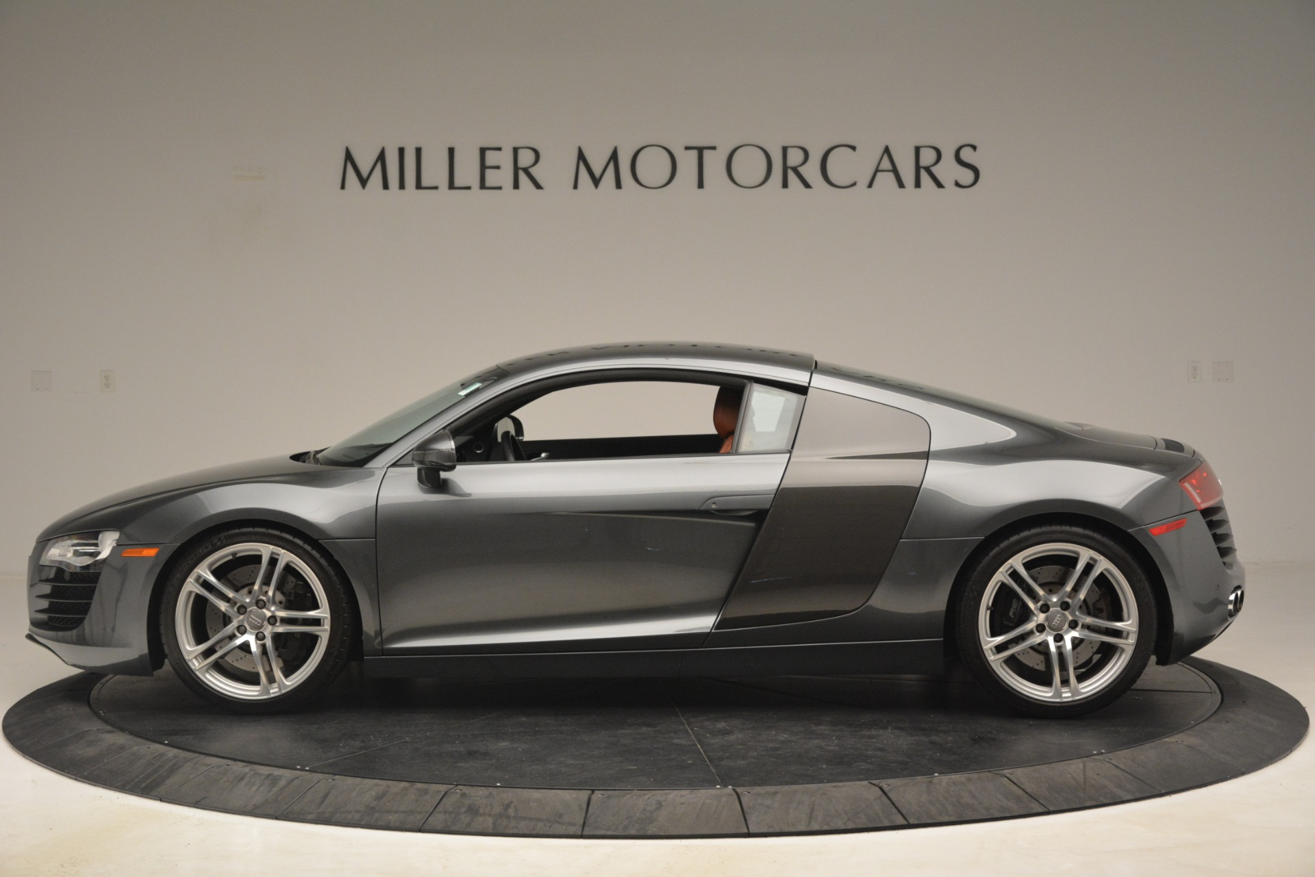 Used 2009 Audi R8 quattro For Sale In Greenwich, CT 3228_p3