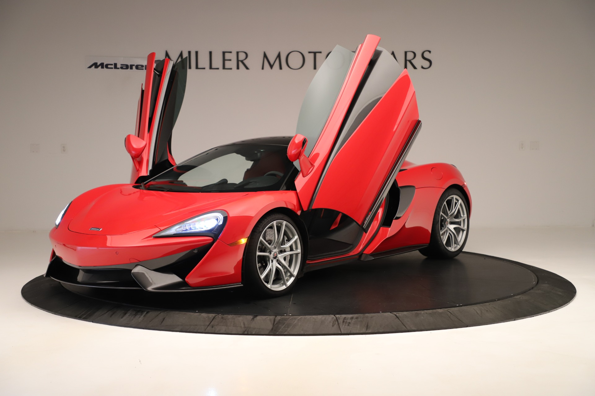 Used 2016 McLaren 570S Coupe For Sale In Greenwich, CT 3235_p10