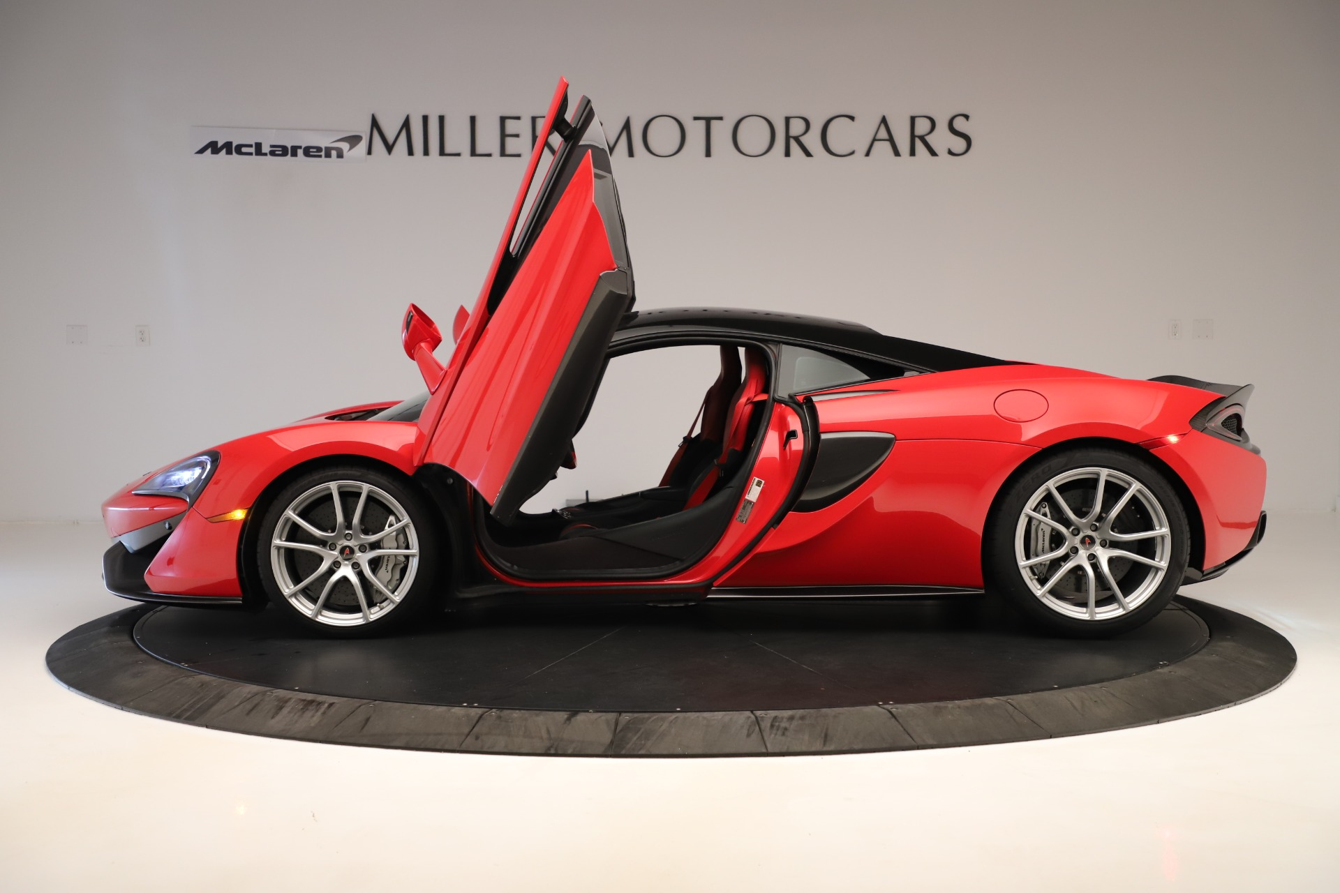 Used 2016 McLaren 570S Coupe For Sale In Greenwich, CT 3235_p11