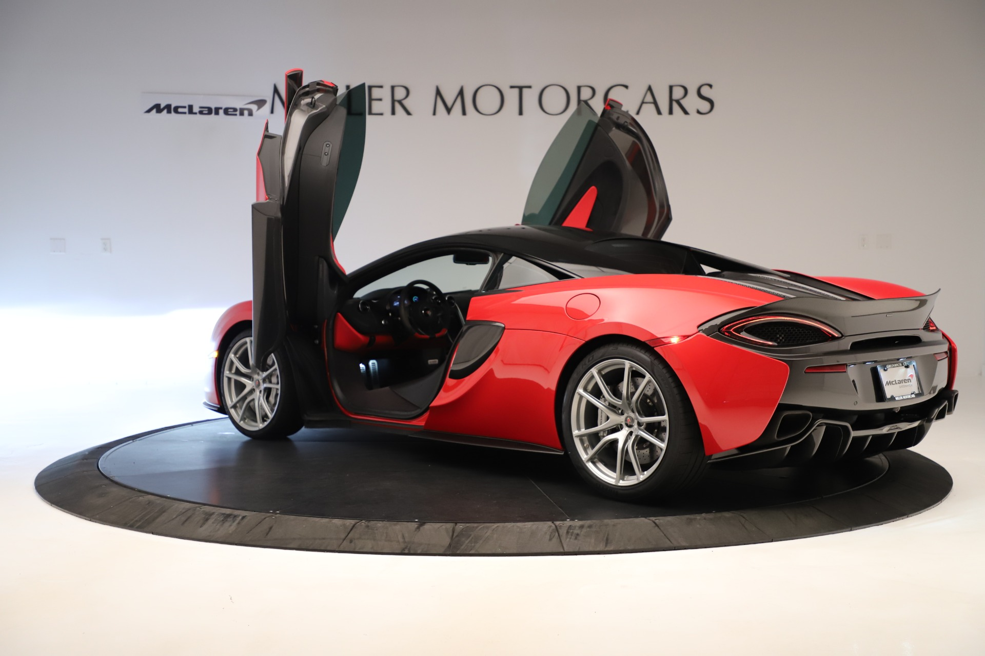 Used 2016 McLaren 570S Coupe For Sale In Greenwich, CT 3235_p12
