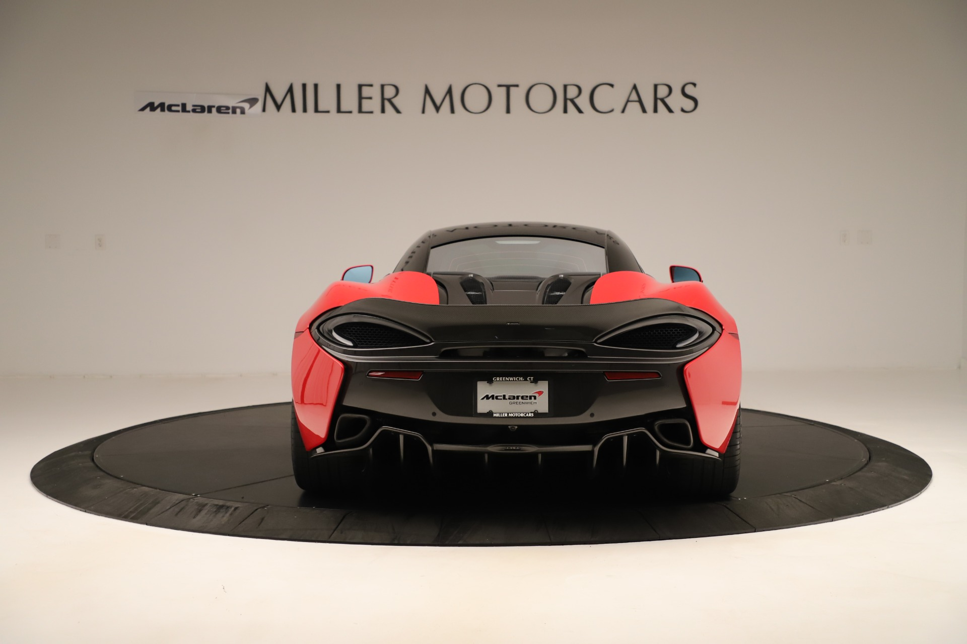 Used 2016 McLaren 570S Coupe For Sale In Greenwich, CT 3235_p4