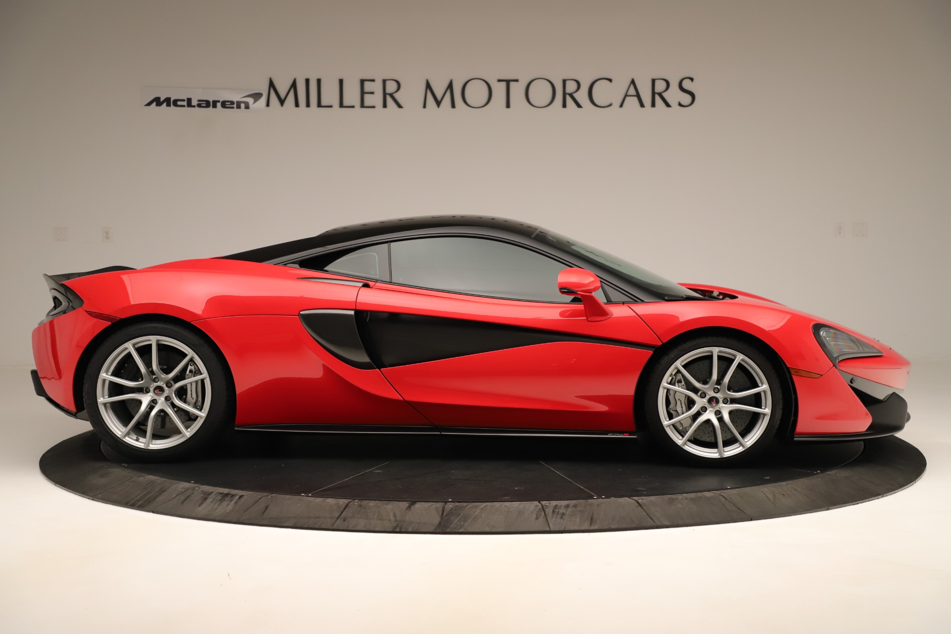 Used 2016 McLaren 570S Coupe For Sale In Greenwich, CT 3235_p6