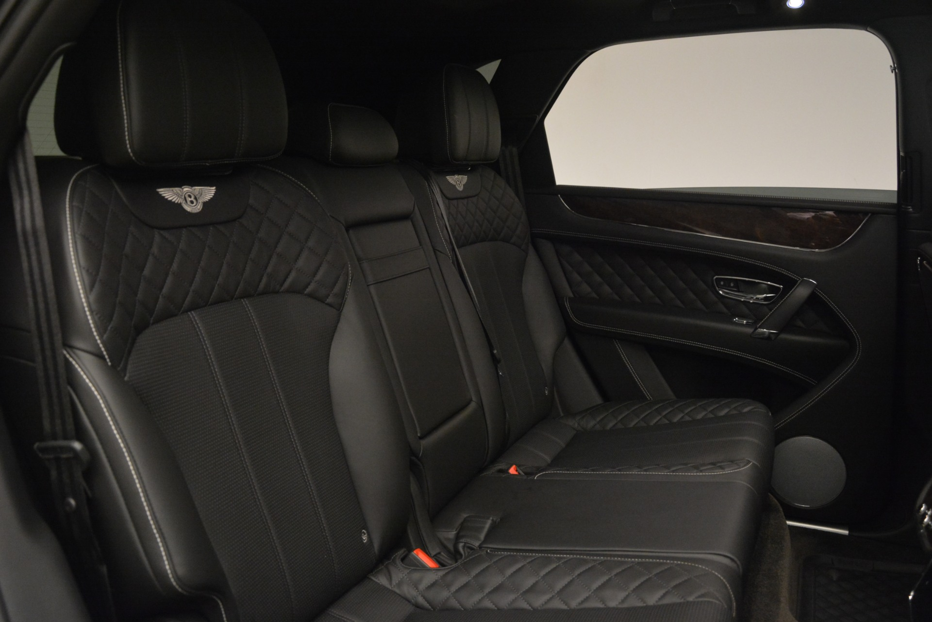 Used 2017 Bentley Bentayga W12 For Sale In Greenwich, CT 3239_p24