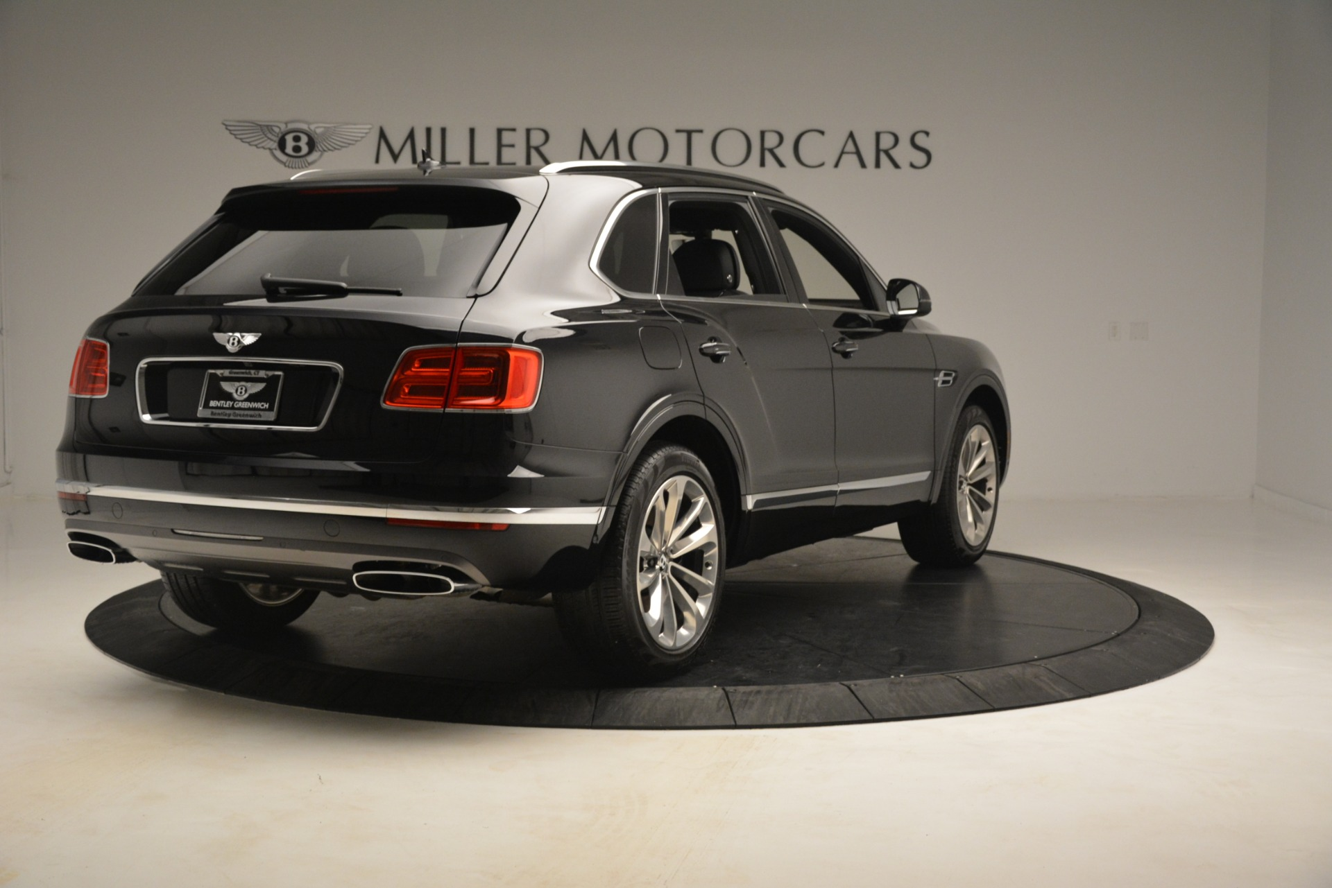 Used 2017 Bentley Bentayga W12 For Sale In Greenwich, CT 3239_p7