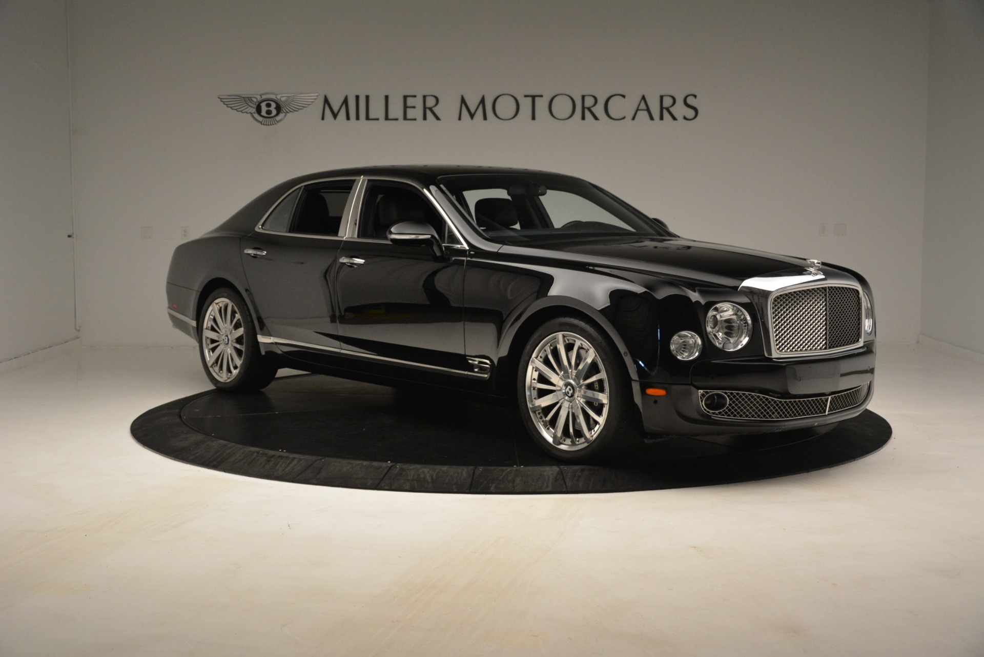 Used 2016 Bentley Mulsanne  For Sale In Greenwich, CT 3240_p11