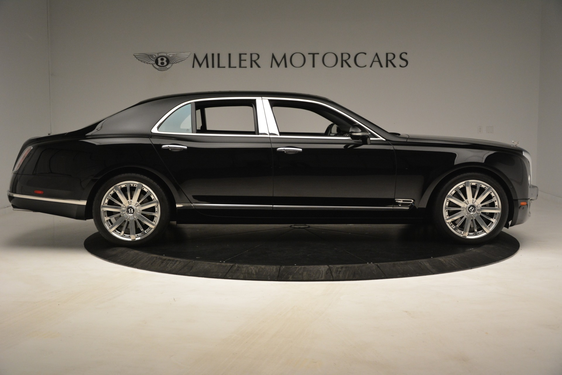 Used 2016 Bentley Mulsanne  For Sale In Greenwich, CT 3240_p9