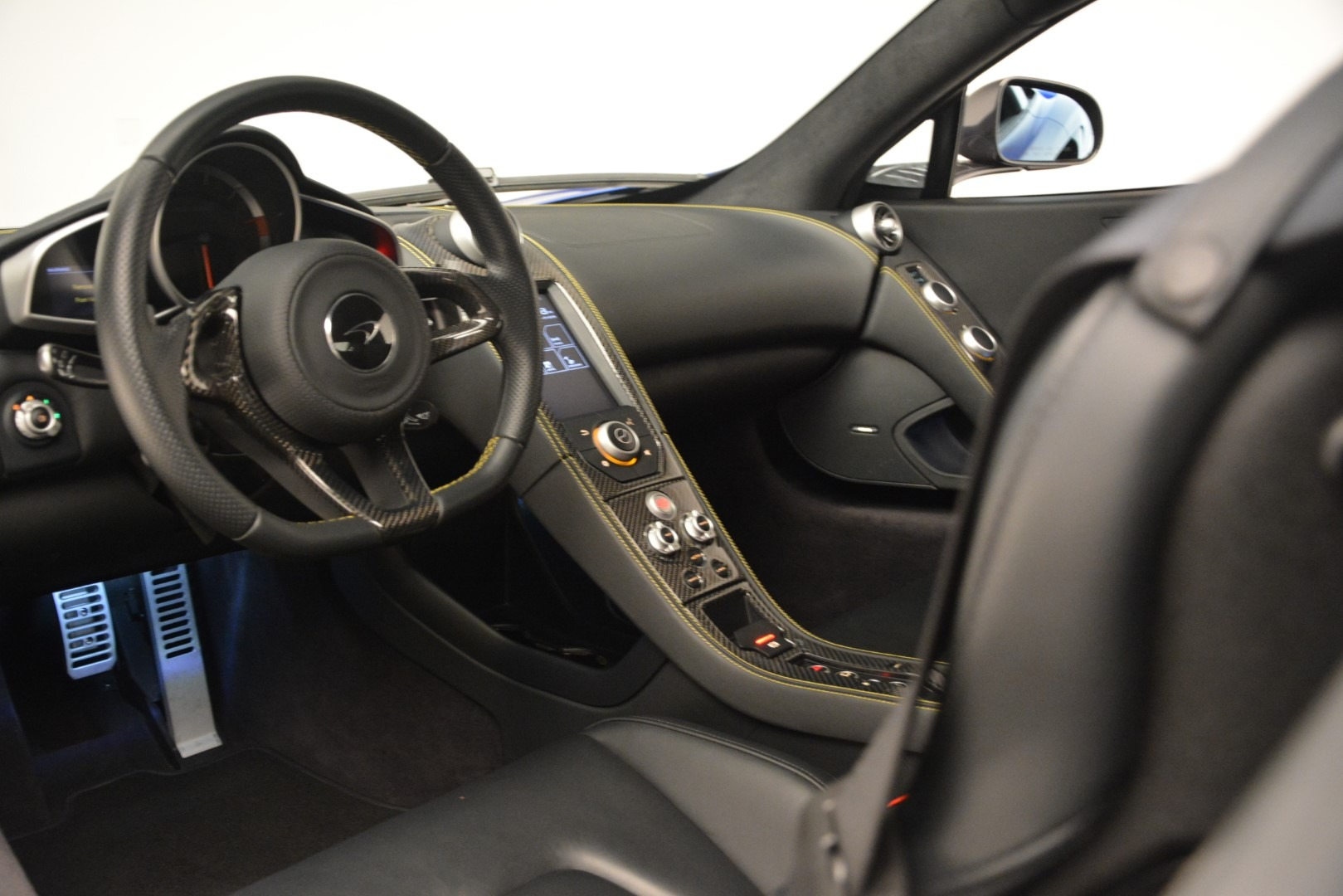 Used 2015 McLaren 650S Coupe For Sale In Greenwich, CT 3242_p21