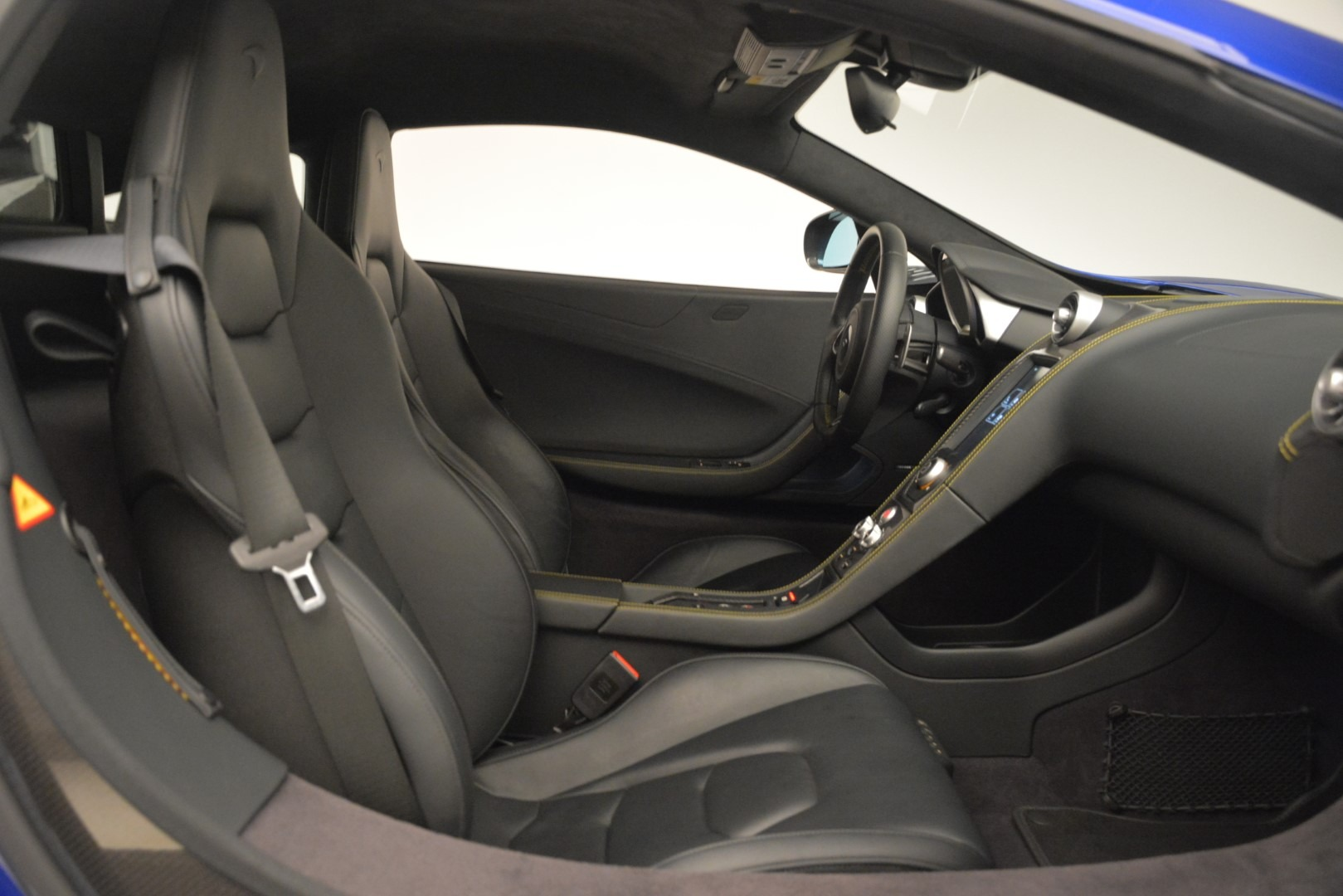 Used 2015 McLaren 650S Coupe For Sale In Greenwich, CT 3242_p25