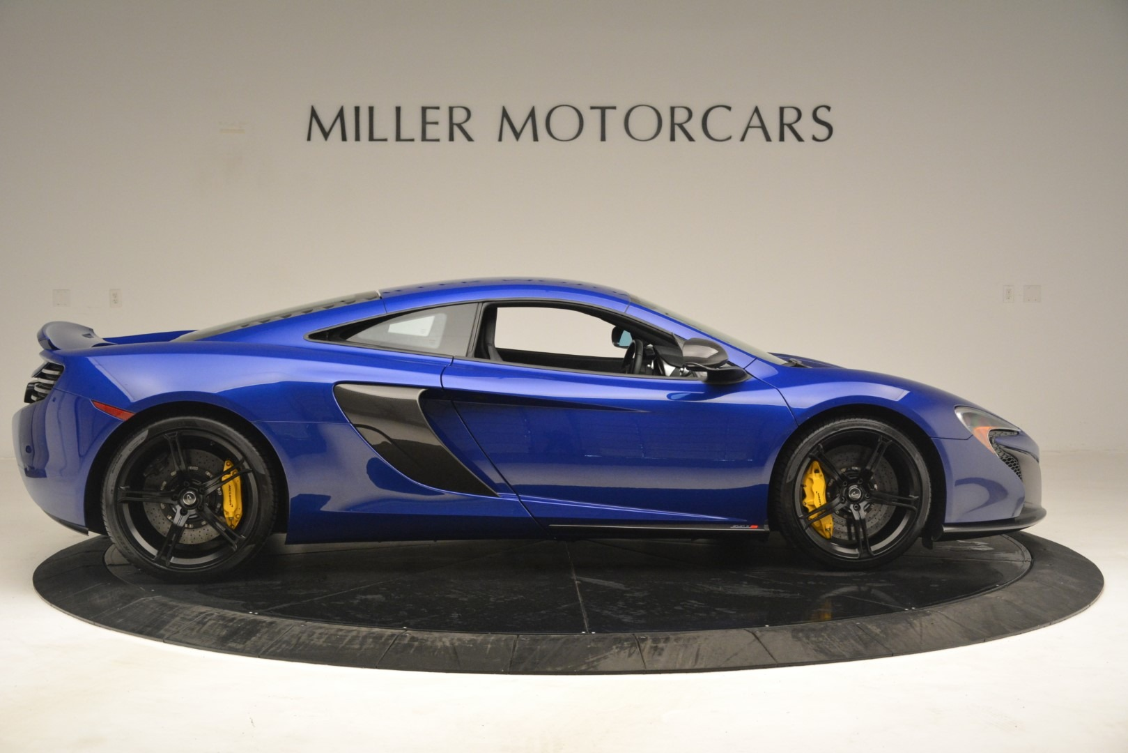 Used 2015 McLaren 650S Coupe For Sale In Greenwich, CT 3242_p9
