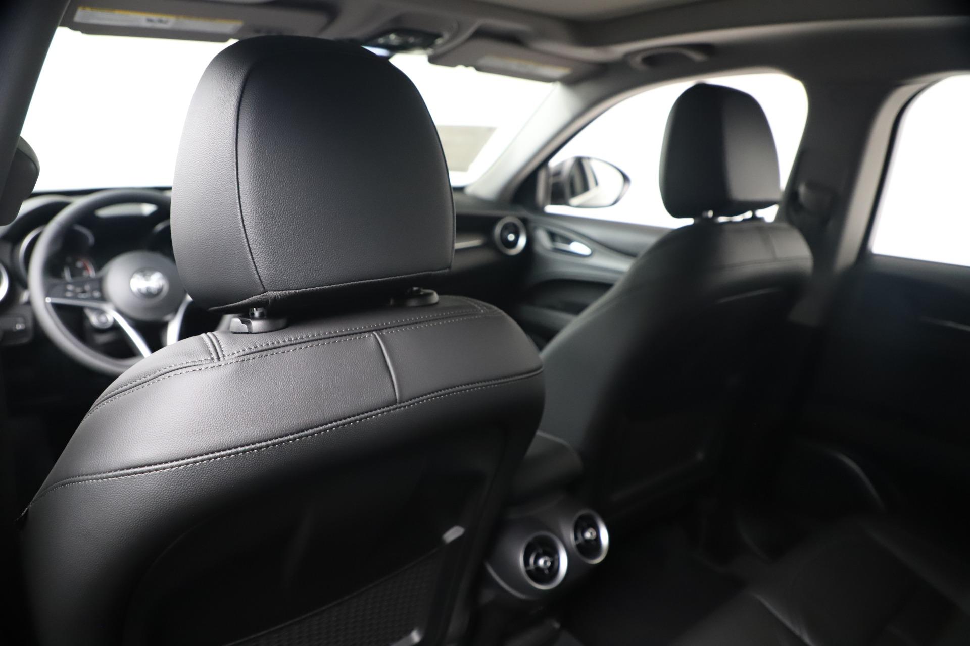New 2019 Alfa Romeo Stelvio Ti Q4 For Sale In Greenwich, CT 3252_p20