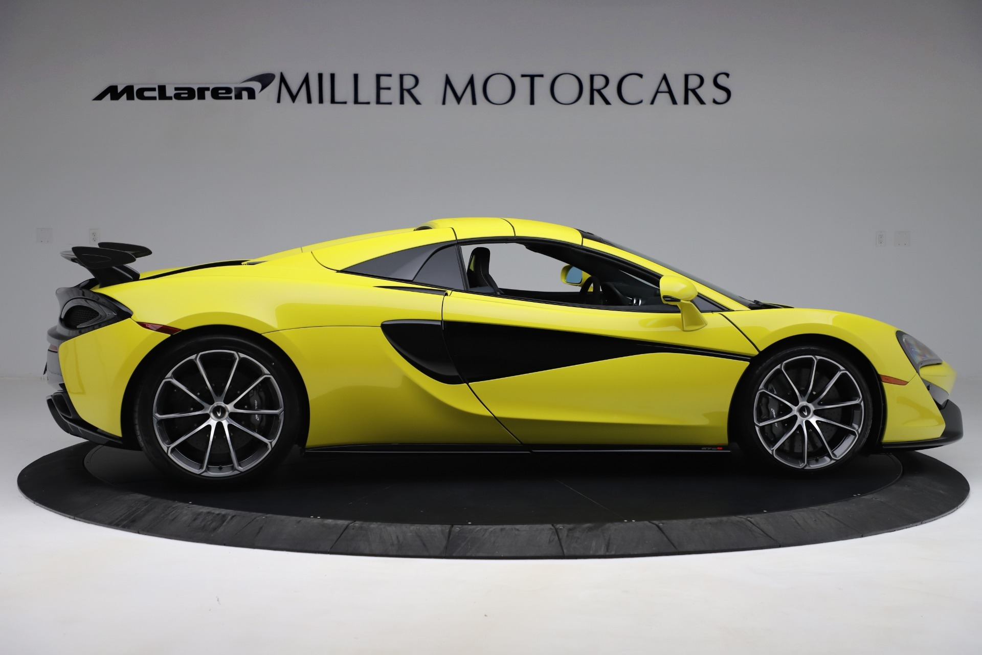 New 2019 McLaren 570S Convertible For Sale In Greenwich, CT 3253_p14