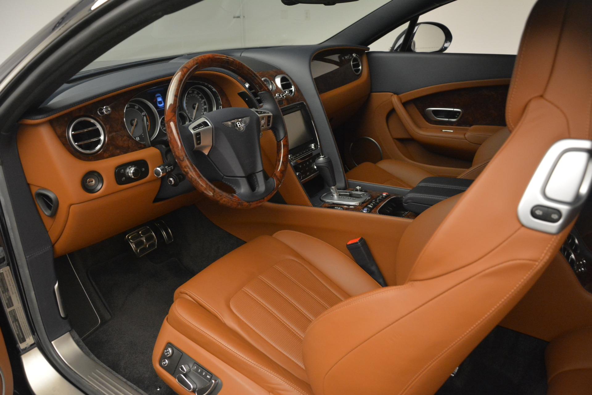 Used 2013 Bentley Continental GT V8 For Sale In Greenwich, CT 3257_p18