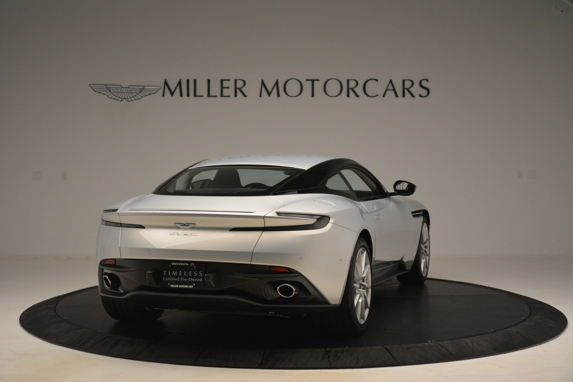 Used 2018 Aston Martin DB11 V12 Coupe For Sale In Greenwich, CT 3264_p6