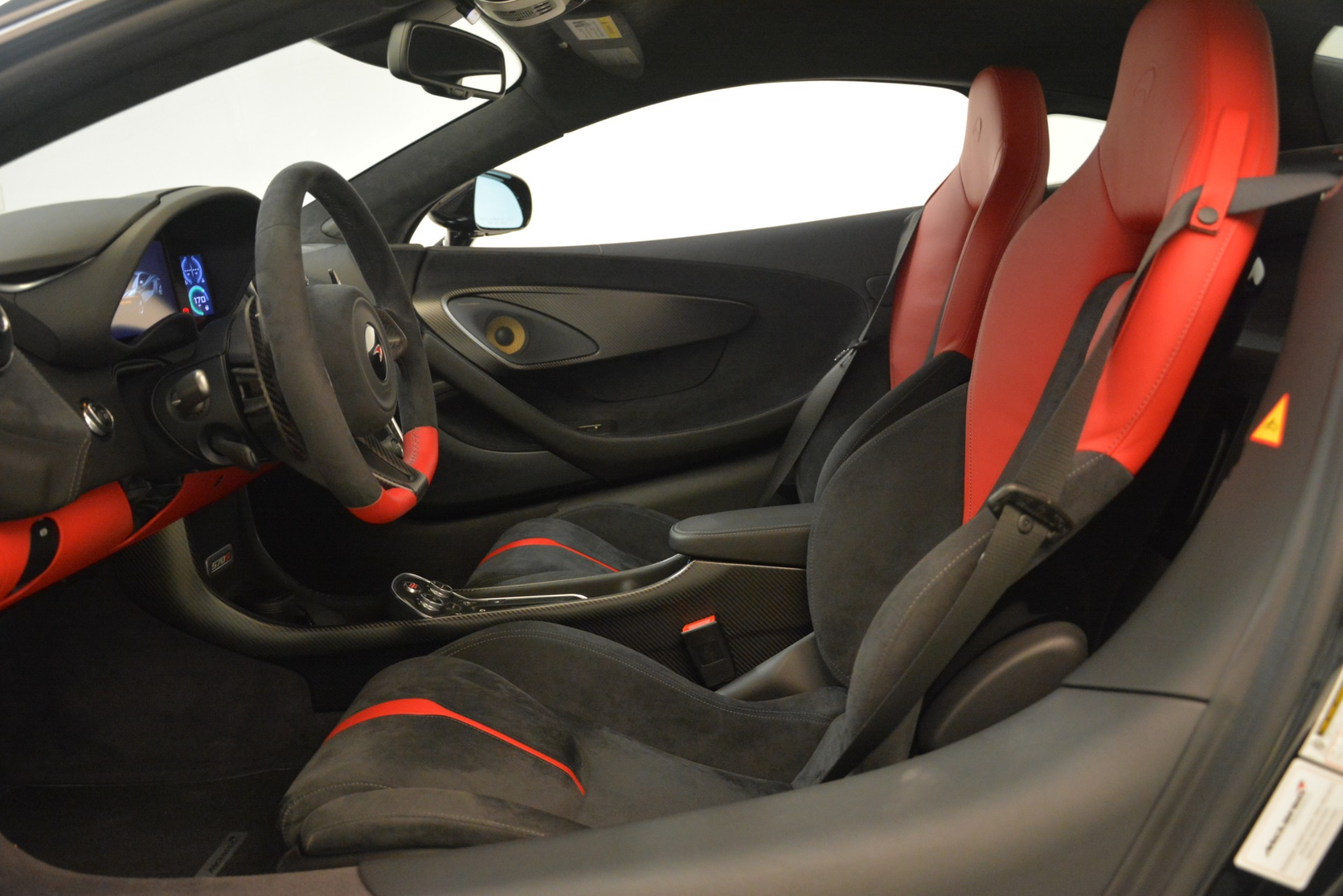 Used 2016 McLaren 570S Coupe For Sale In Greenwich, CT 3268_p15