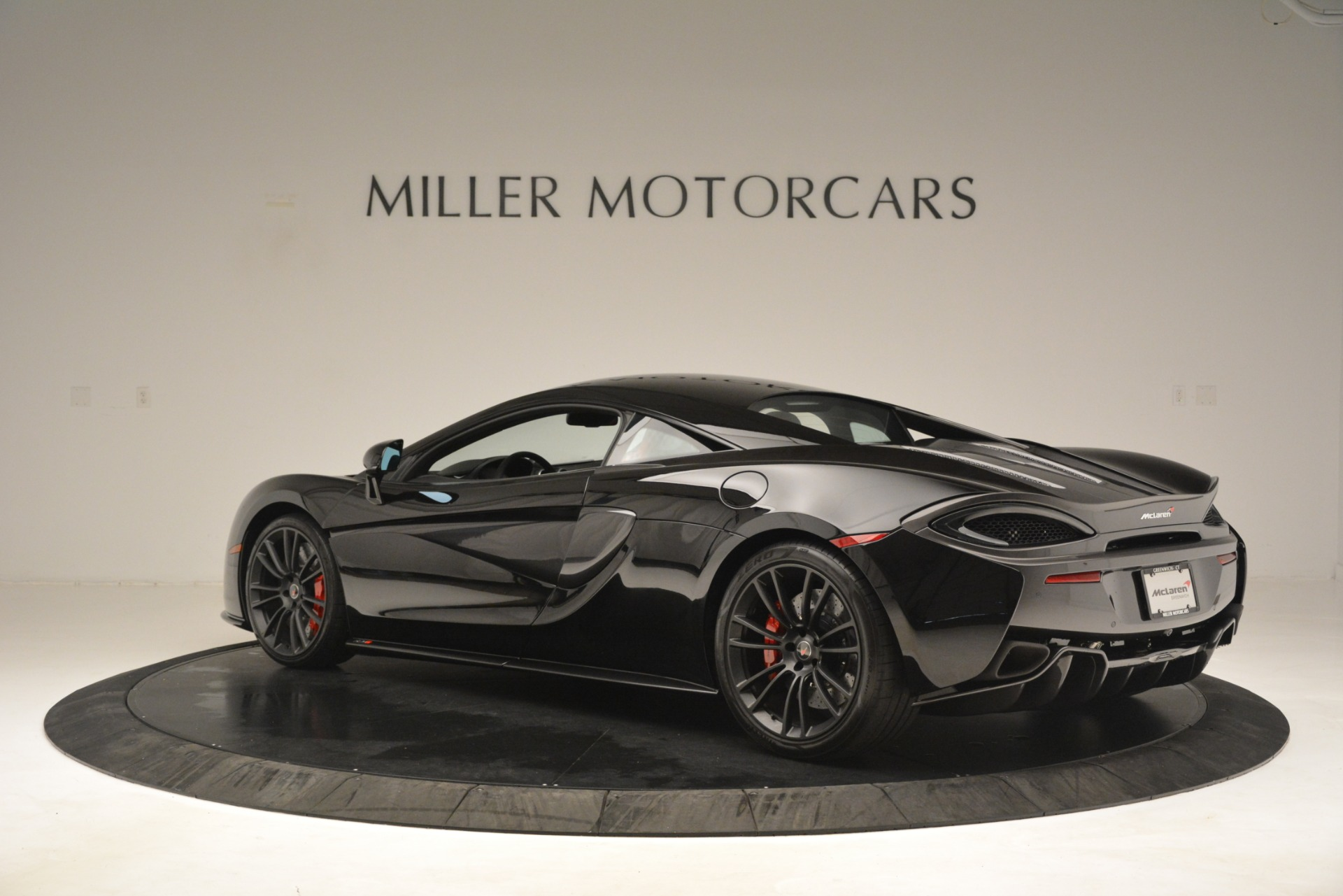 Used 2016 McLaren 570S Coupe For Sale In Greenwich, CT 3268_p3