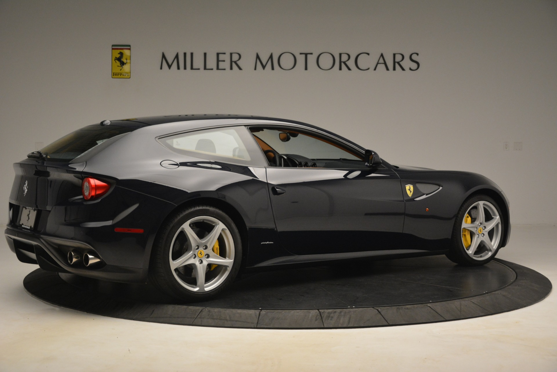 Used 2013 Ferrari FF  For Sale In Greenwich, CT 3269_p9