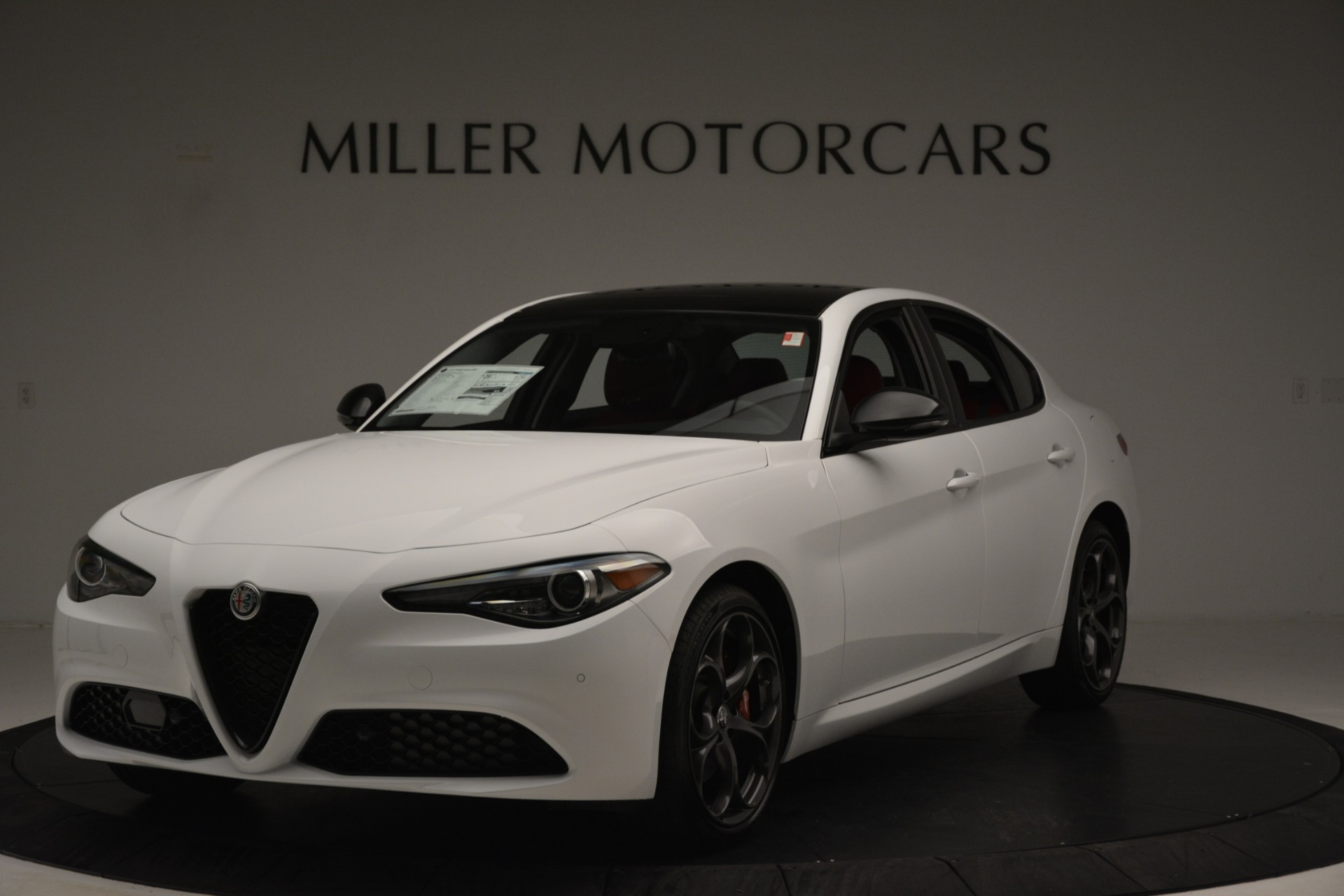 New 2019 Alfa Romeo Giulia Q4 For Sale In Greenwich, CT 3273_main