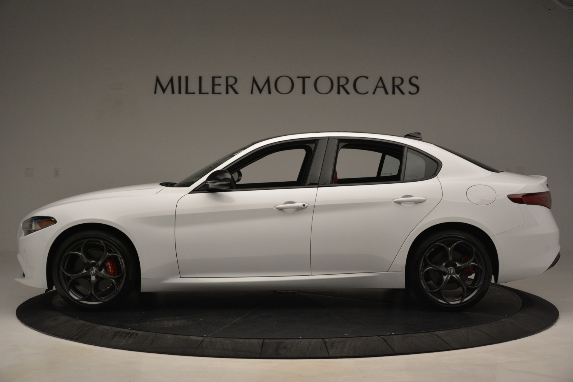 New 2019 Alfa Romeo Giulia Q4 For Sale In Greenwich, CT 3273_p3