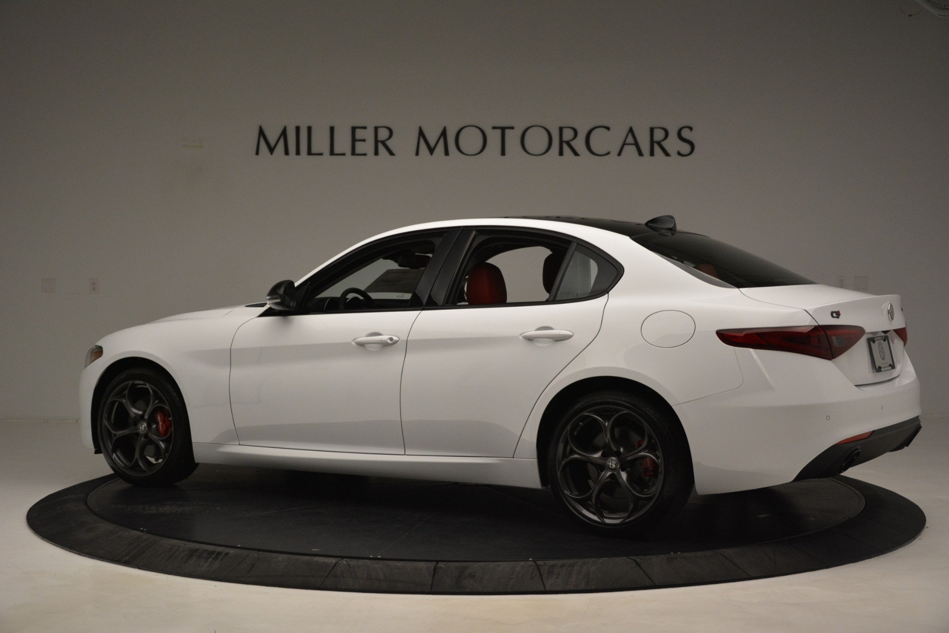 New 2019 Alfa Romeo Giulia Q4 For Sale In Greenwich, CT 3273_p4