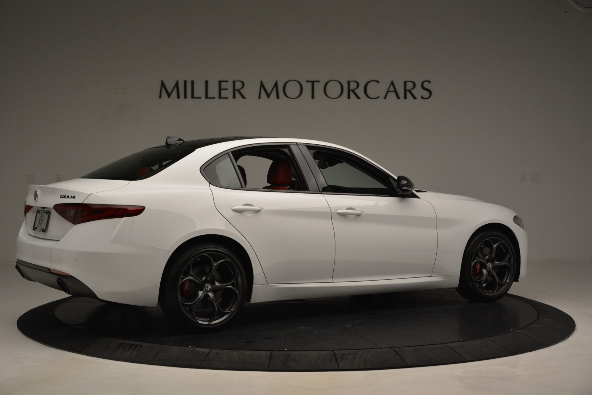 New 2019 Alfa Romeo Giulia Q4 For Sale In Greenwich, CT 3273_p8