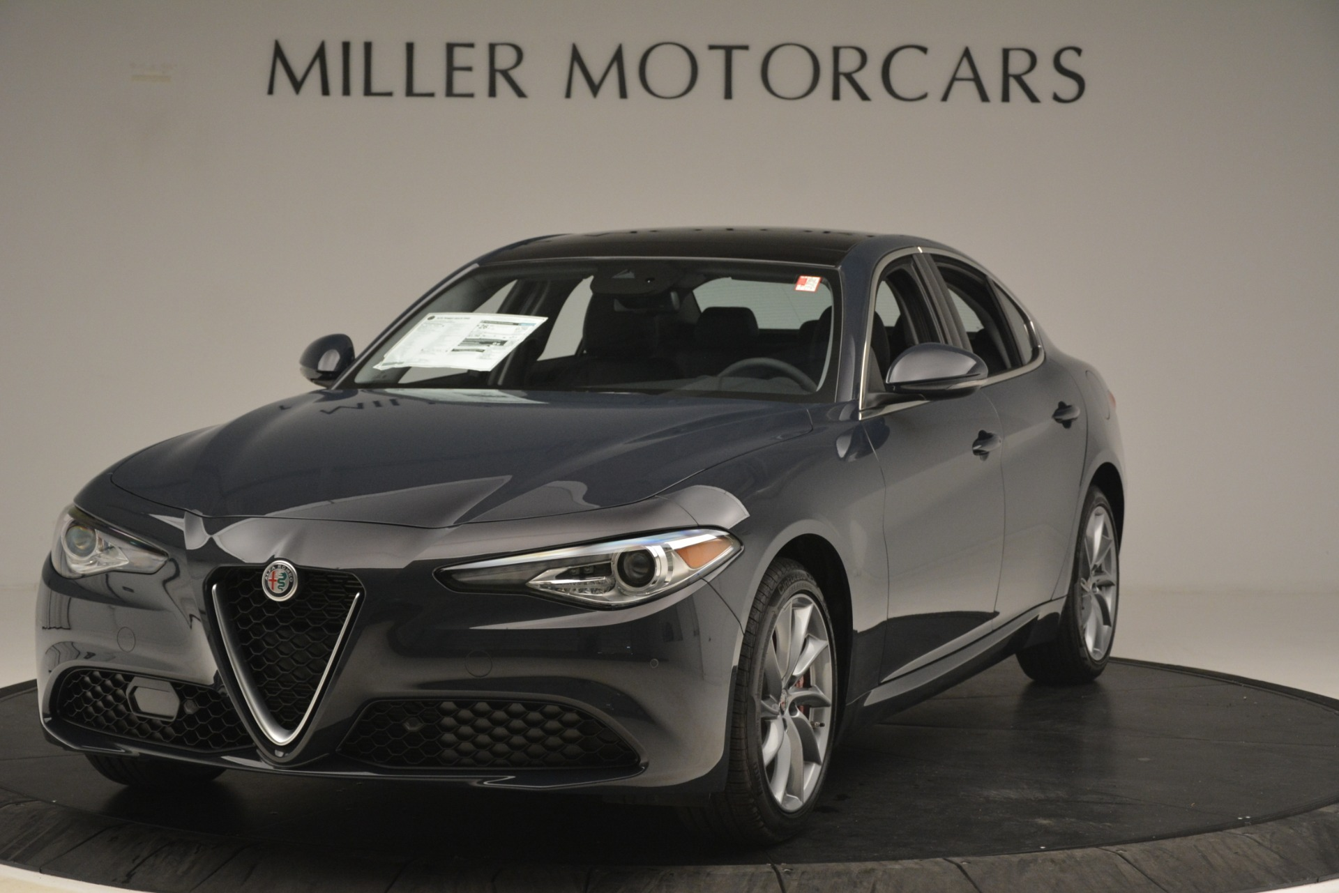 New 2019 Alfa Romeo Giulia Q4 For Sale In Greenwich, CT 3274_main