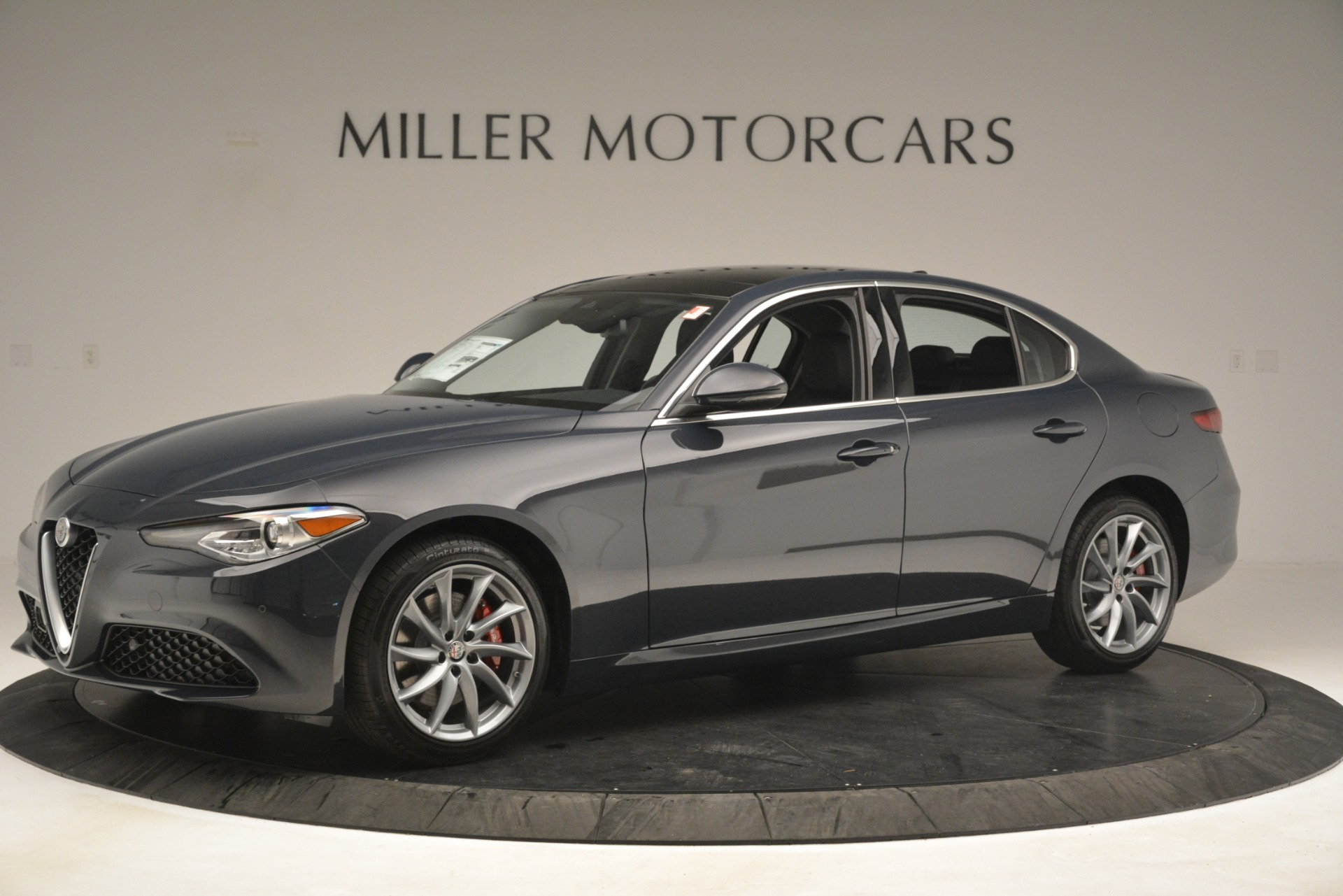 New 2019 Alfa Romeo Giulia Q4 For Sale In Greenwich, CT 3274_p2