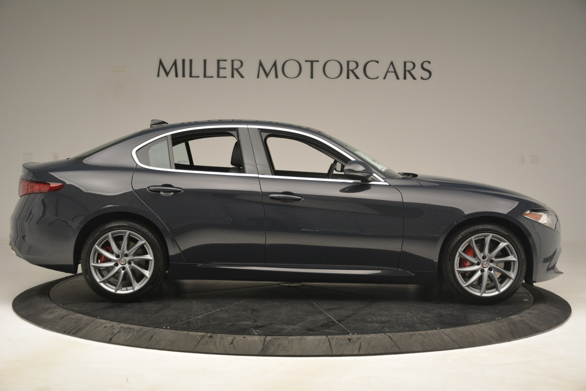 New 2019 Alfa Romeo Giulia Q4 For Sale In Greenwich, CT 3274_p9