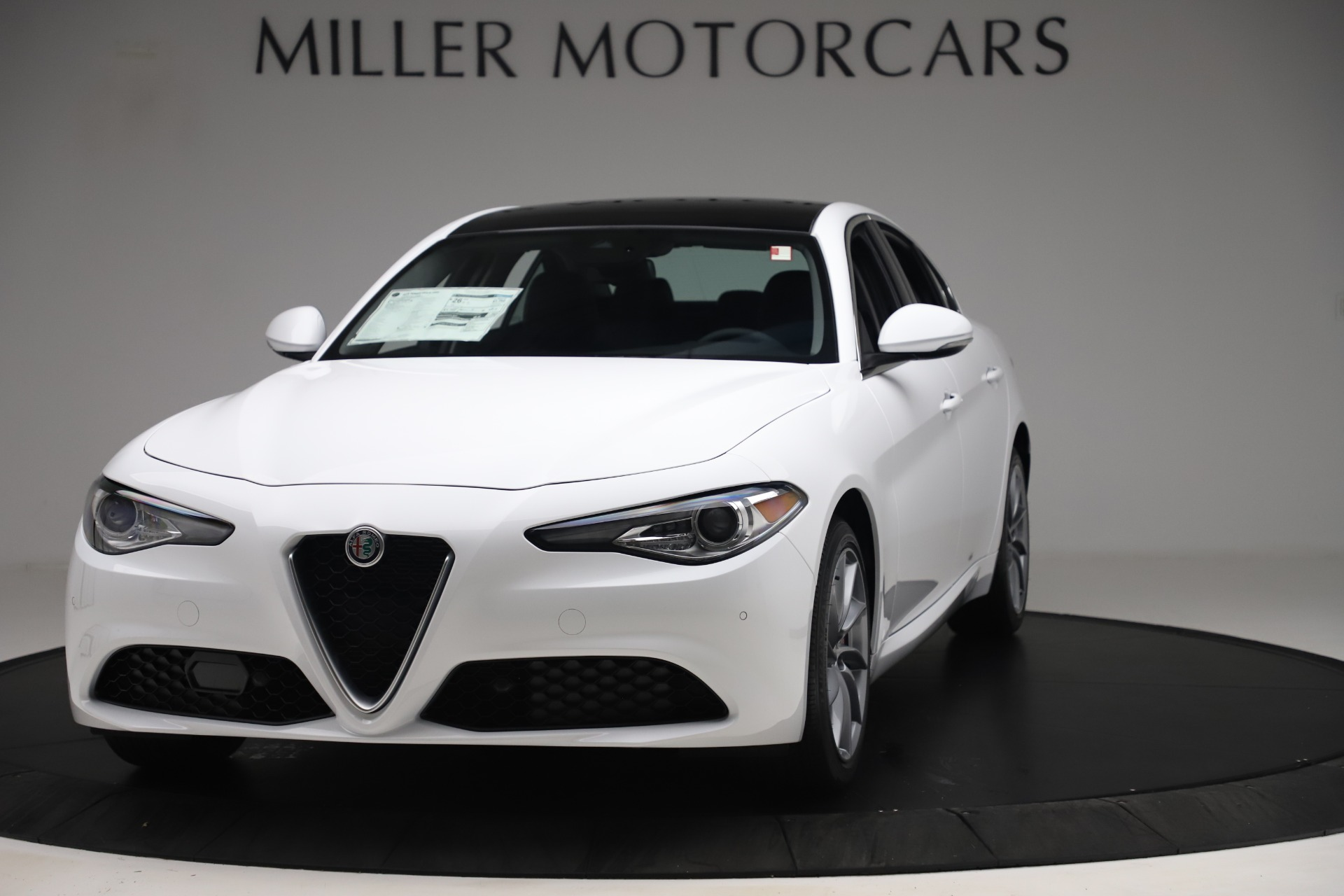 New 2019 Alfa Romeo Giulia Q4 For Sale In Greenwich, CT 3278_main